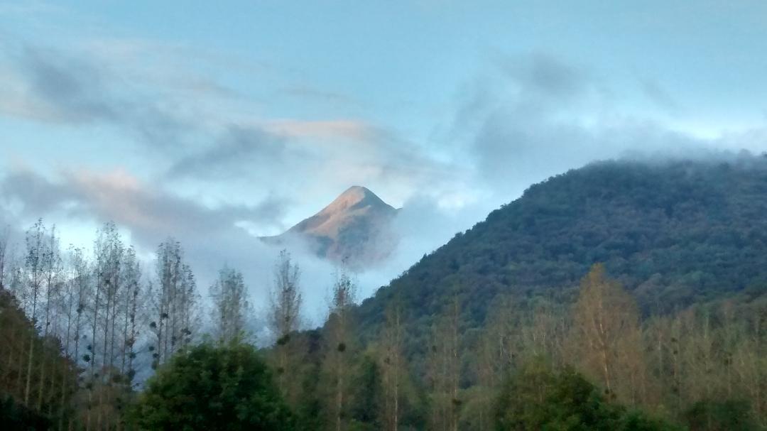 Cloud around Le Cagire.jpg