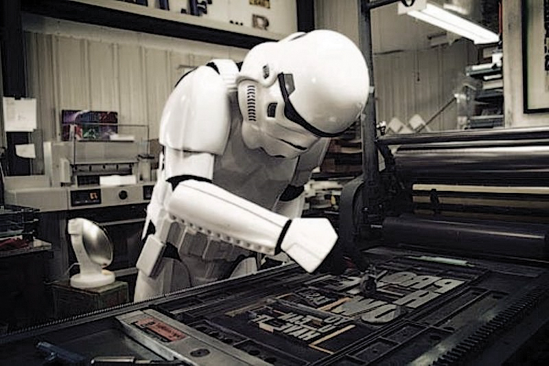 49_stormtroopers-devil-1000w.jpg