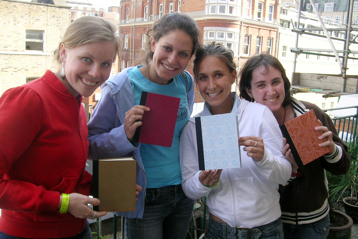 The 4 students and their final pieces at the end of the bookmaking workshop.