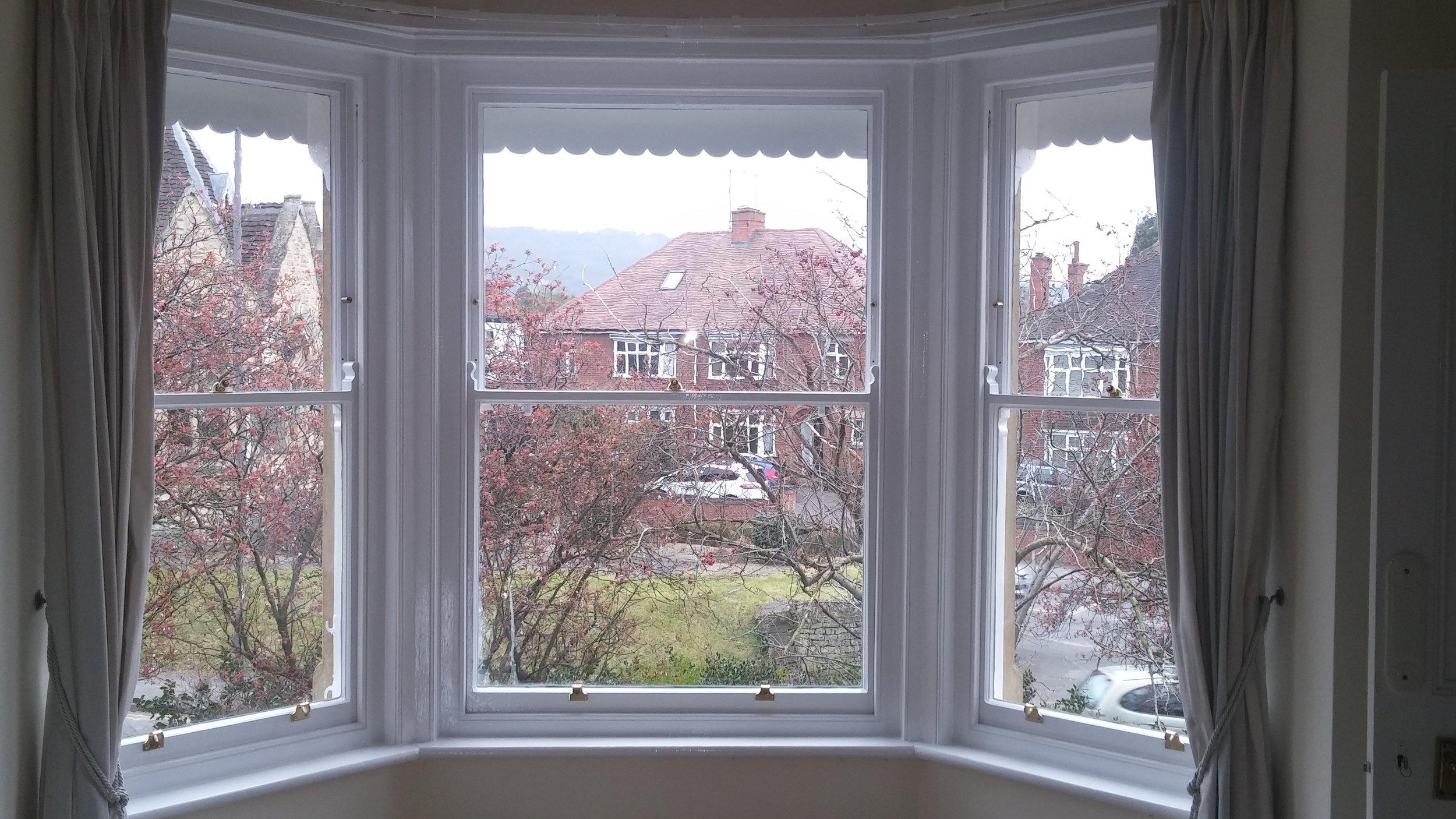 Sash window bay window