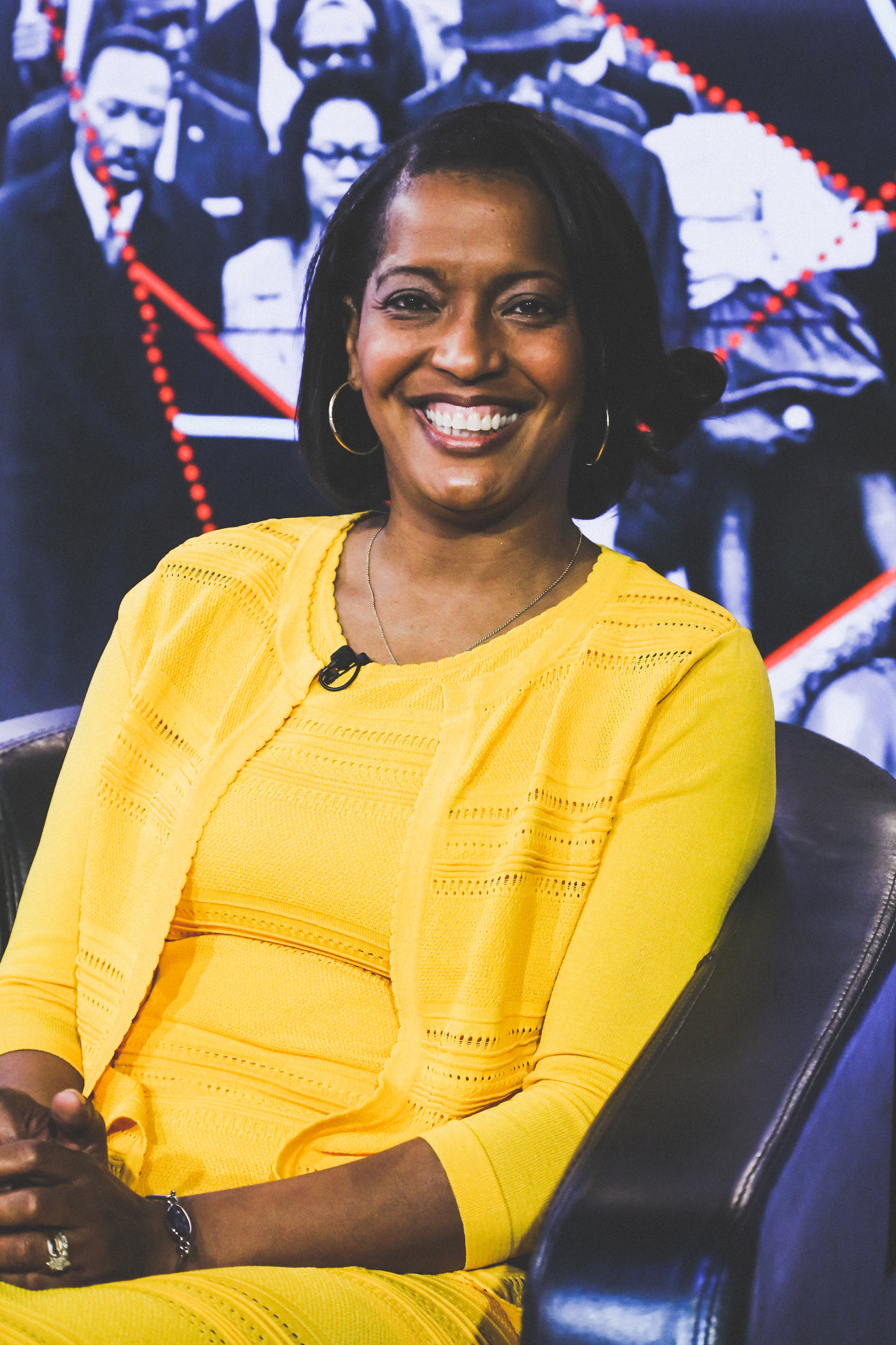 JAHANA HAYES  Connecticut's 2016 Teacher of the Year   https://youtu.be/PiuZBQQr3tw