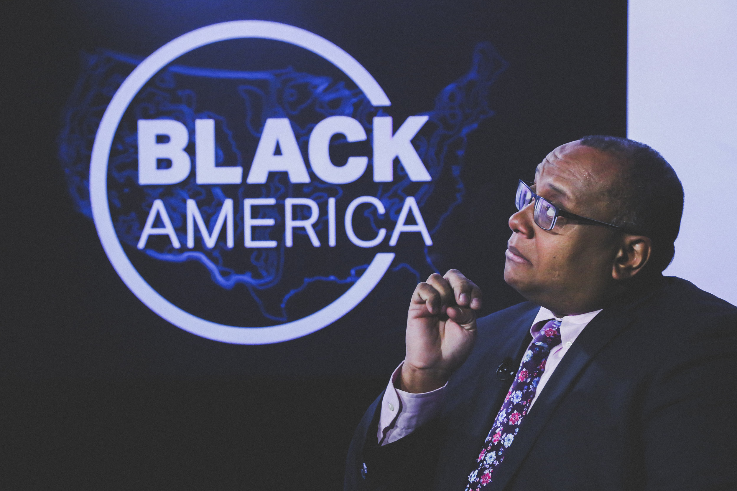 MARCUS MABRY  Journalist/Managing Editor of TwitterMoments   https://youtu.be/L-Cavd1XEK0