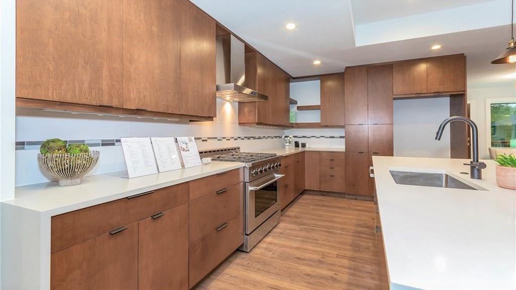 Austin Gut-Remodel Open Kitchen3.jpg