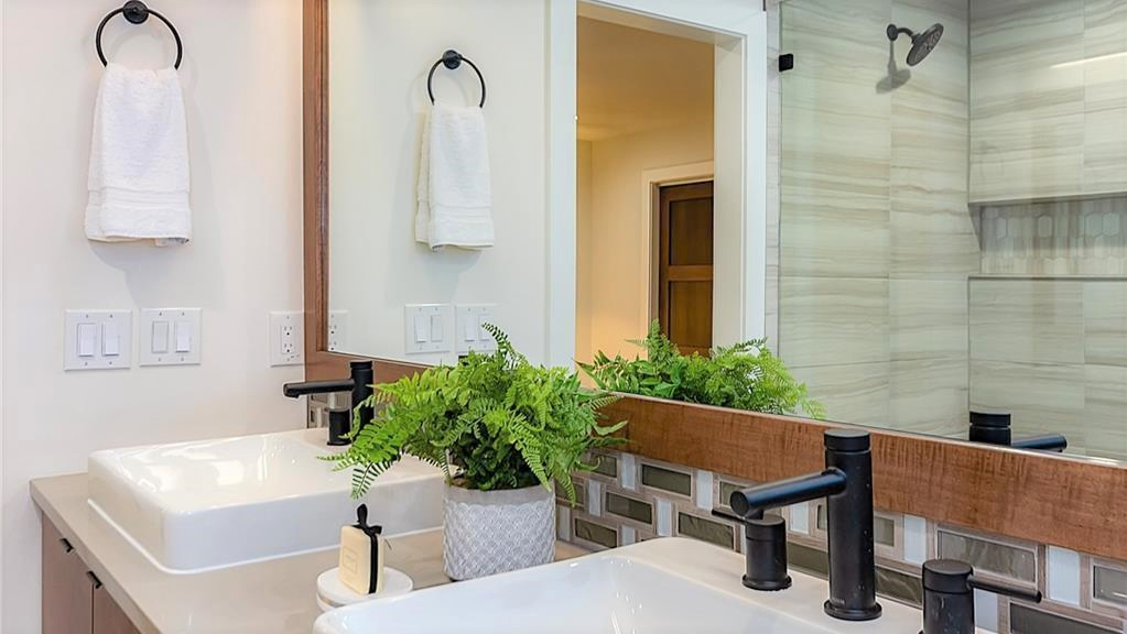 Austin Gut-Remodel Master Bath Vanity Sinks.jpg