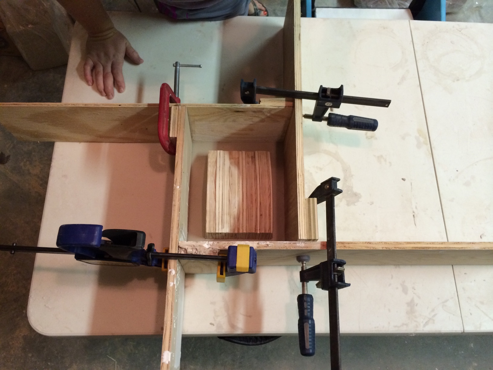 Clamping the cottle boards.