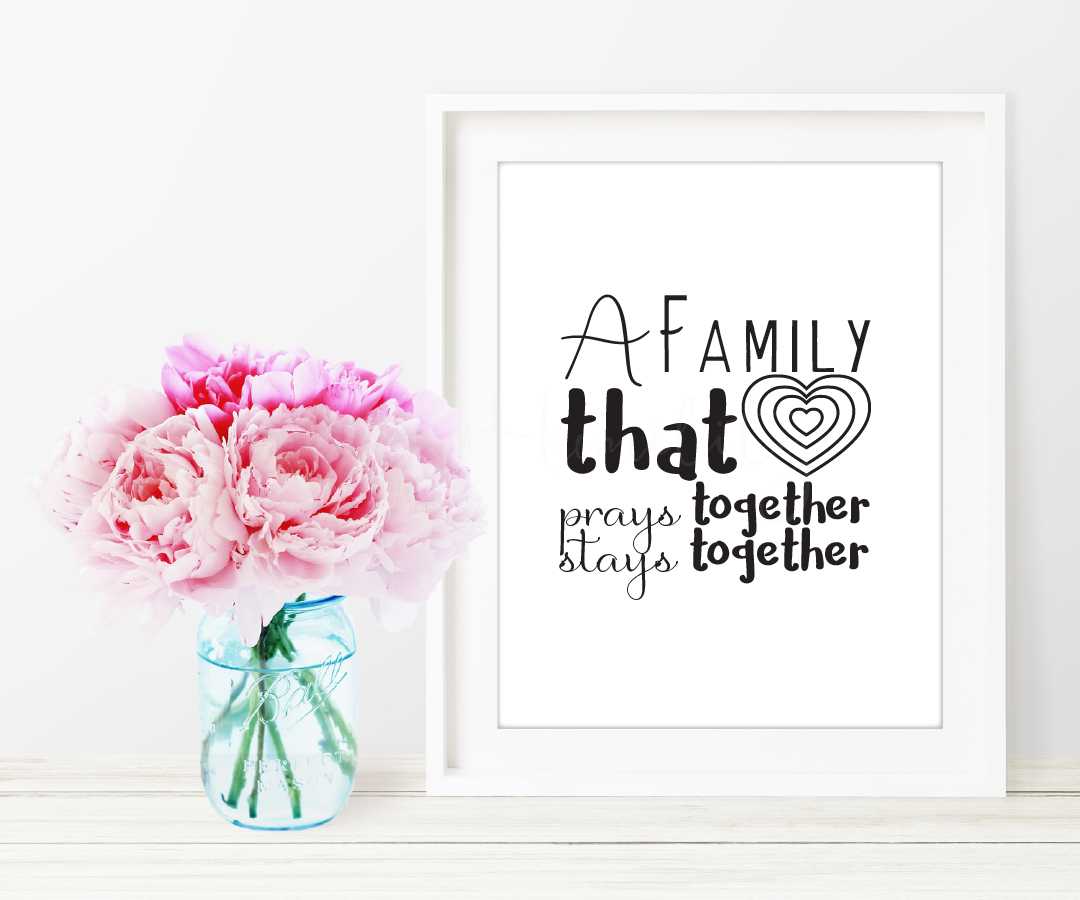 "When A Family Prays Printable Art   ""A family that prays together stays together.""     *You will not receive a physical product.   **Picture frame not included  *** Not for Resale    ****Free to download    File Specifications   (1) Downloadable  PDF  printable  US Letter size 8x10in  Prints in high quality 300dpi (actual color may vary due to the calibration of your screen)"