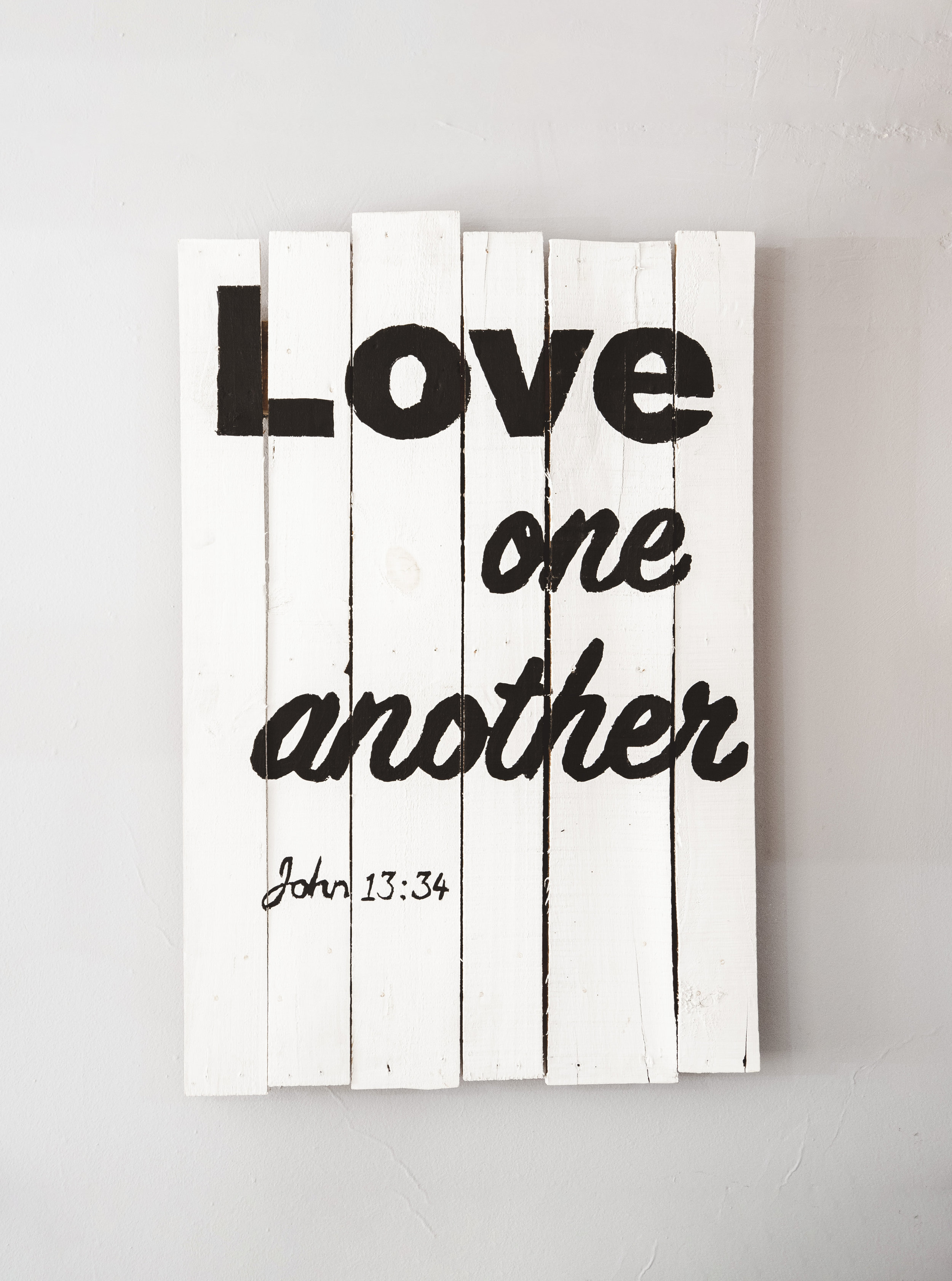 """""""Love one another – John 13:34"""" Phot0 courtesy of www.Christianpics.co"""