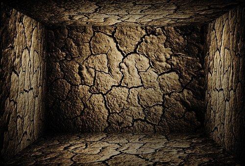 cave-2112698__340.jpg