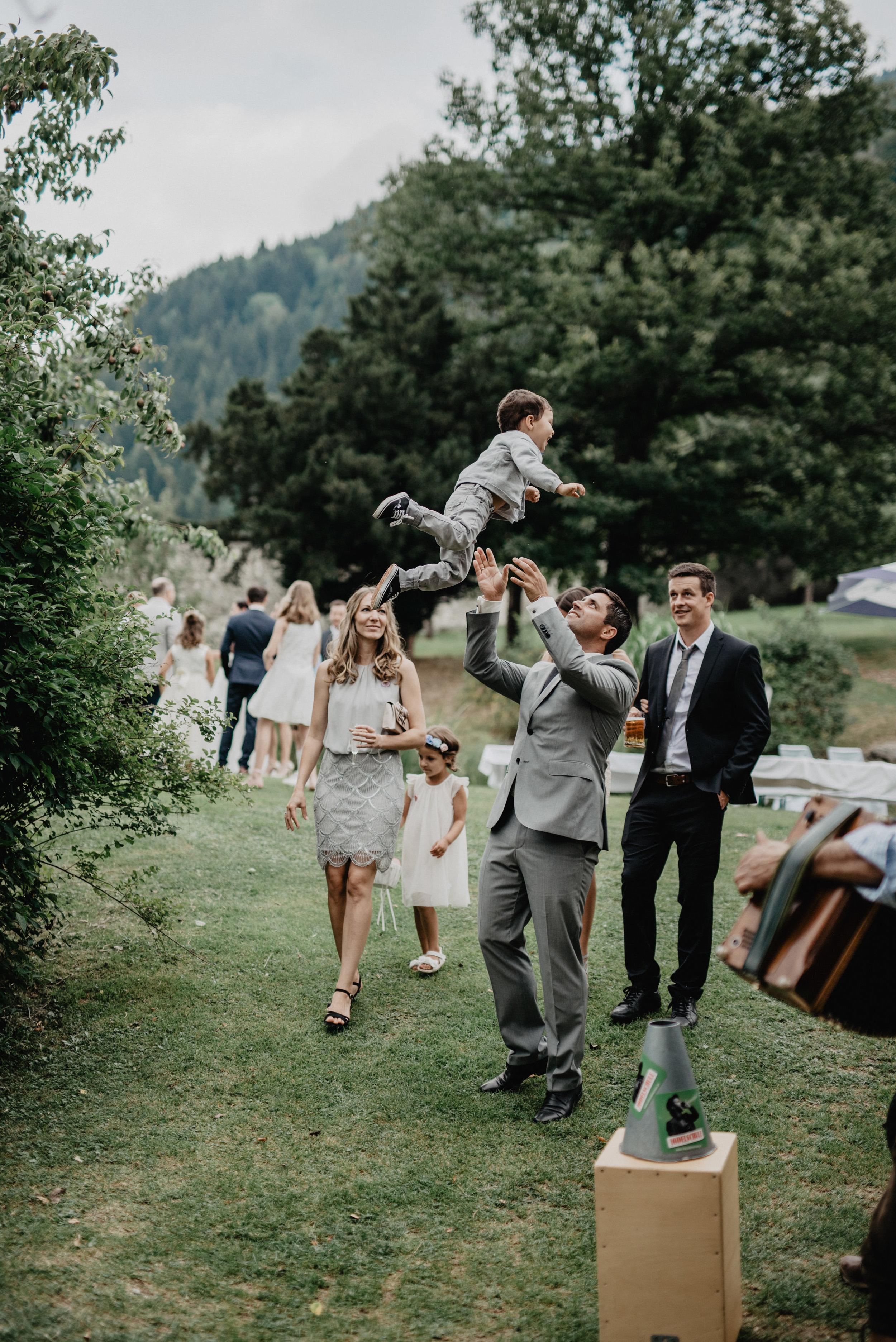 Schloss Kammer_Hochzeit_Maishofen_MissFrecklesPhotography (49 von 92).jpg
