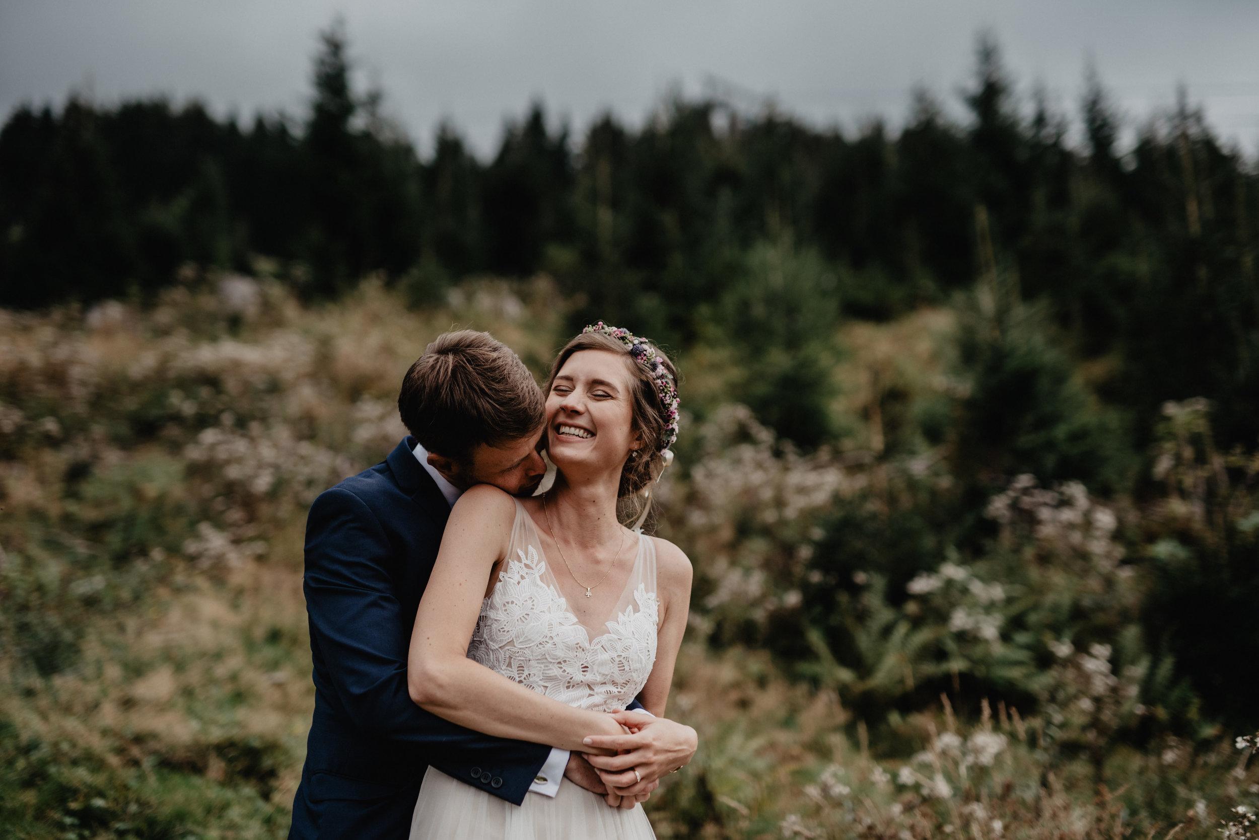 Kanadische-Destinationwedding-Berghochzeit-Dienten-MissFrecklesPhotography (63 von 96).jpg