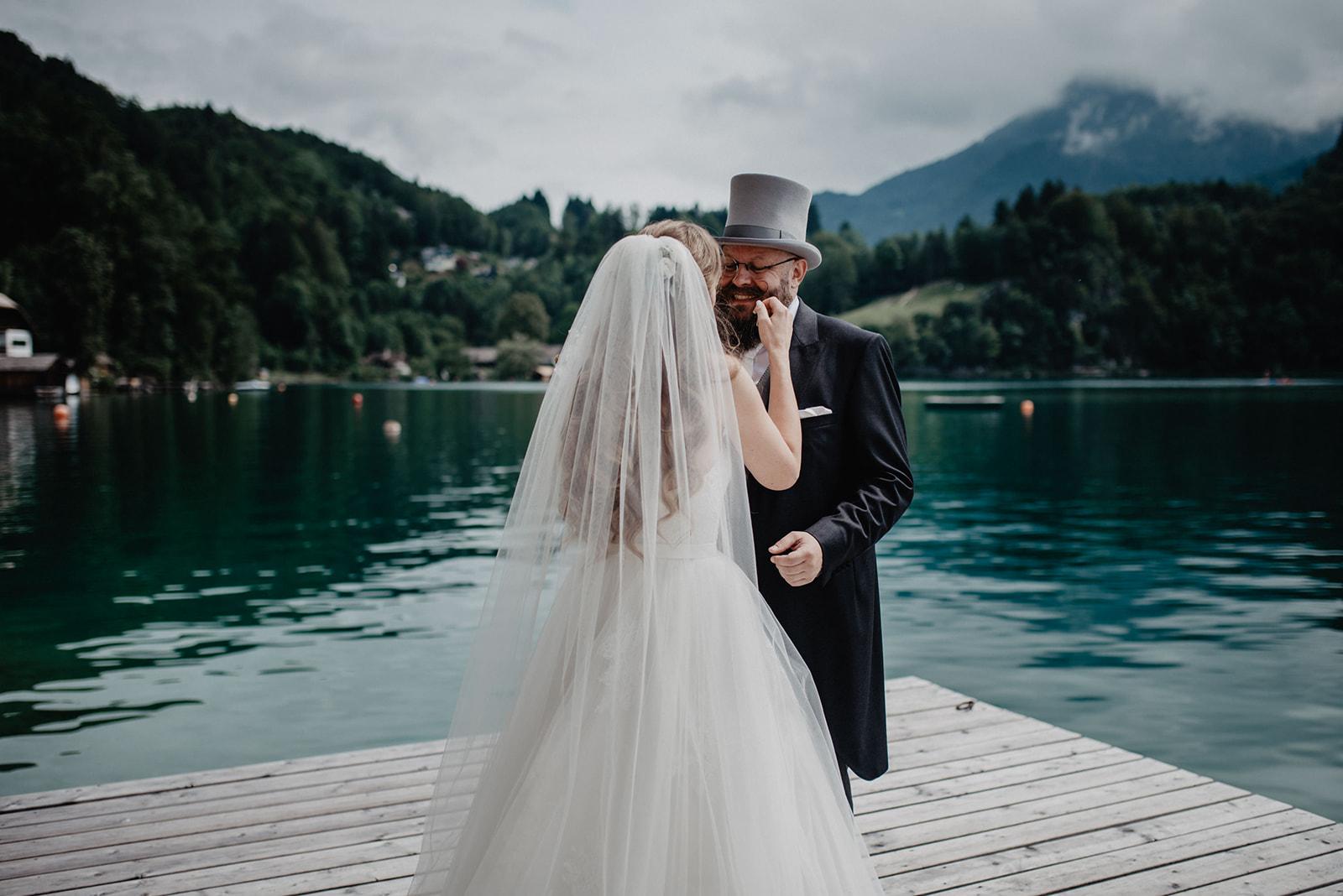 Hochzeit_Wolfgangsee_St._Gilgen_-_Miss_Freckles_Photography_(21_von_110).jpg