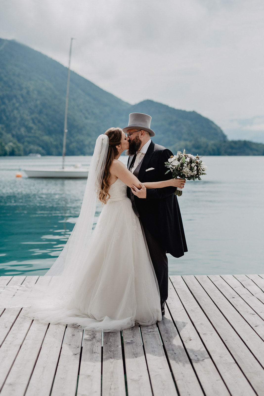 Hochzeit_Wolfgangsee_St._Gilgen_-_Miss_Freckles_Photography_(24_von_110).jpg