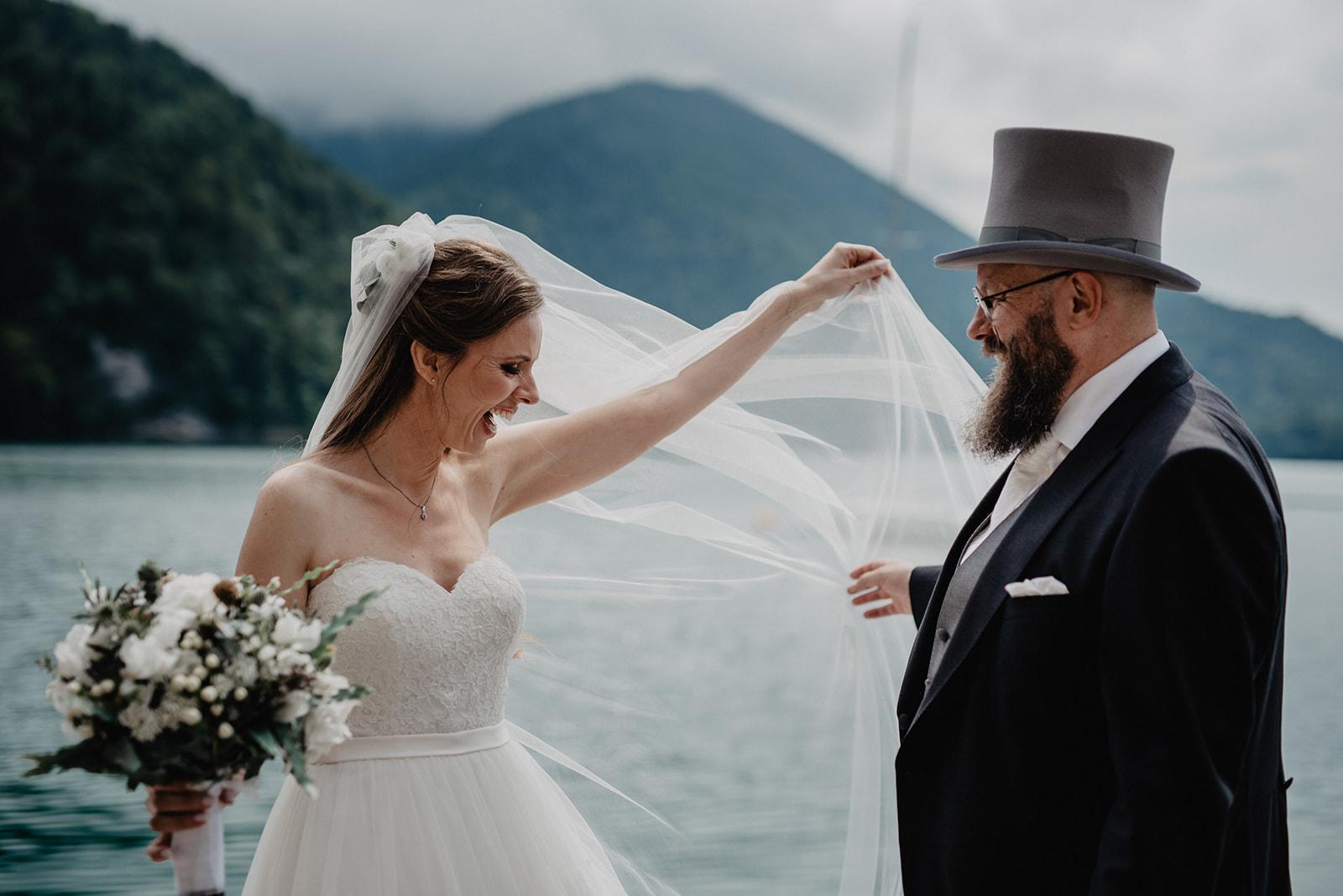 Hochzeit_Wolfgangsee_St._Gilgen_-_Miss_Freckles_Photography_(26_von_110).jpg