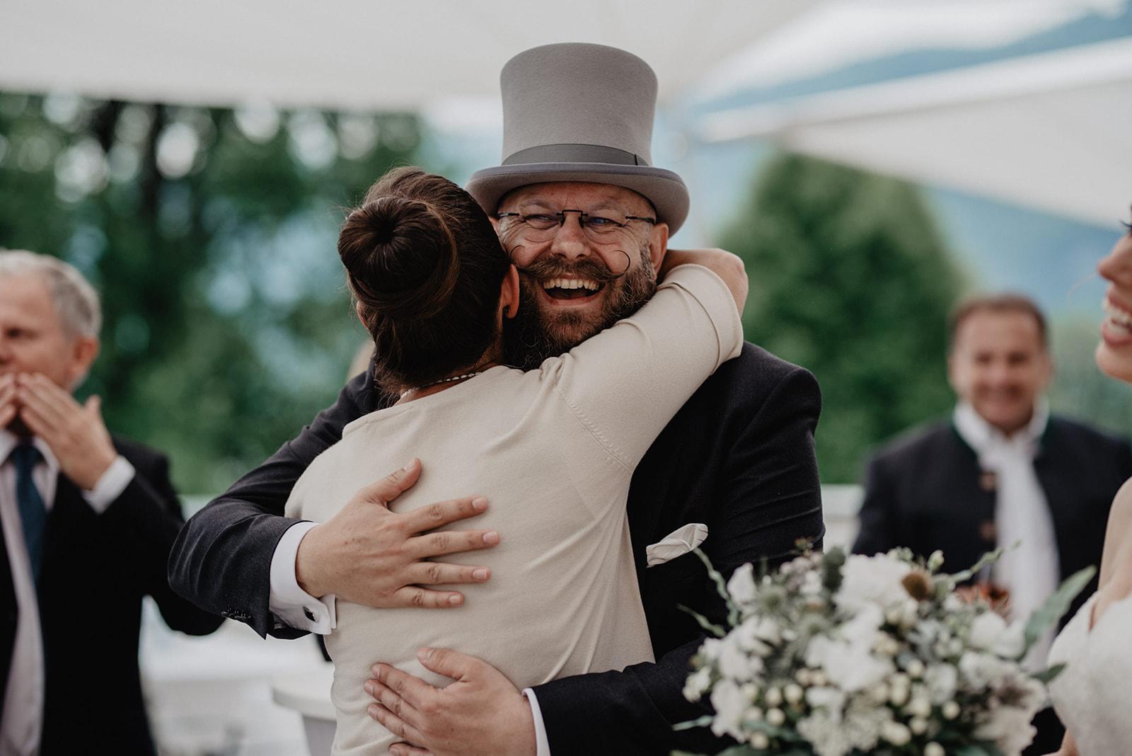 Hochzeit_Wolfgangsee_St._Gilgen_-_Miss_Freckles_Photography_(41_von_110).jpg