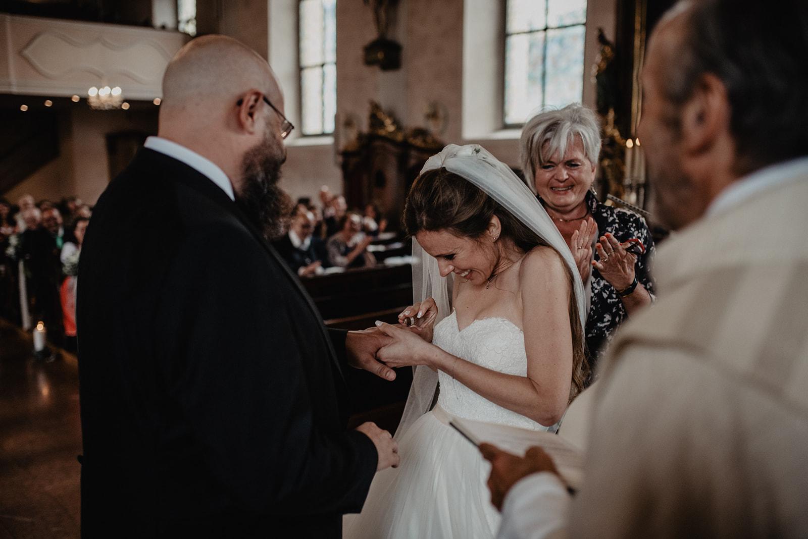 Hochzeit_Wolfgangsee_St._Gilgen_-_Miss_Freckles_Photography_(69_von_110).jpg