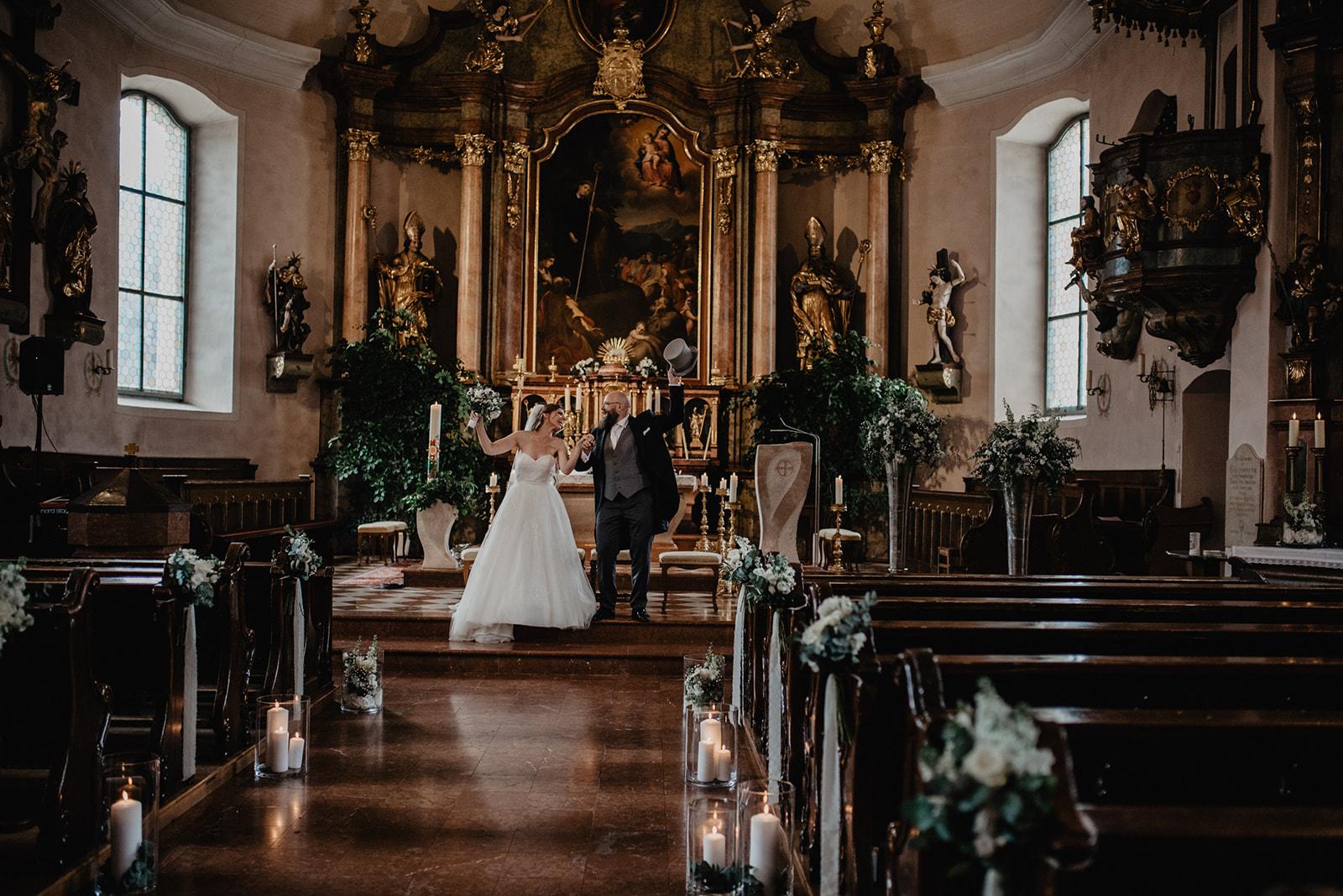 Hochzeit_Wolfgangsee_St._Gilgen_-_Miss_Freckles_Photography_(77_von_110).jpg