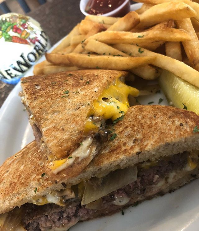 Patty melts are now on the menu! Just think burger..... but better 👌🏻 #restaurant #sandwich #newworlddeli #neworldeli #food #foodporn #yummy #eat #atx #austin #texas #austinfood #yum #burger #meat