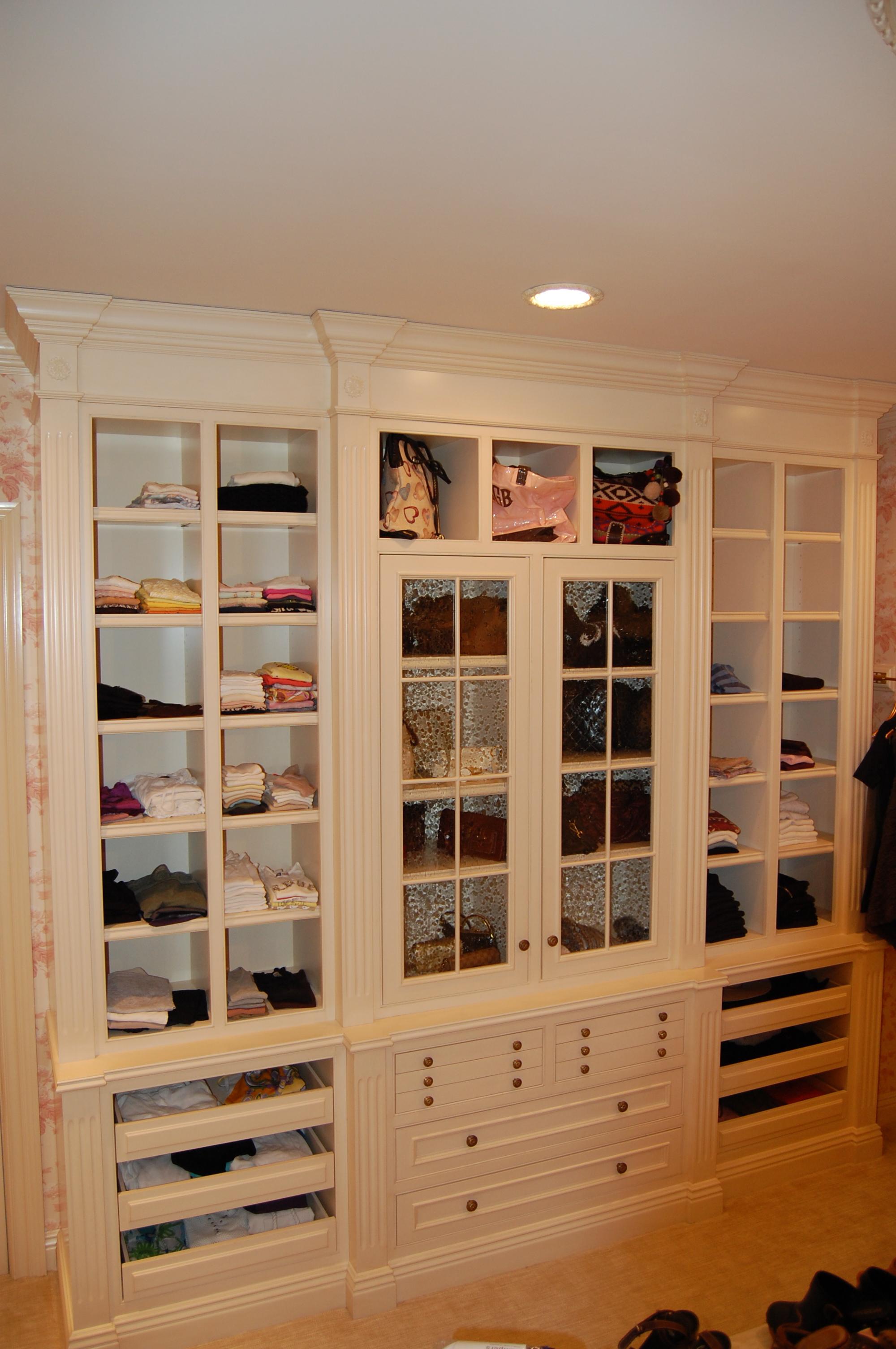 Closet3c.JPG