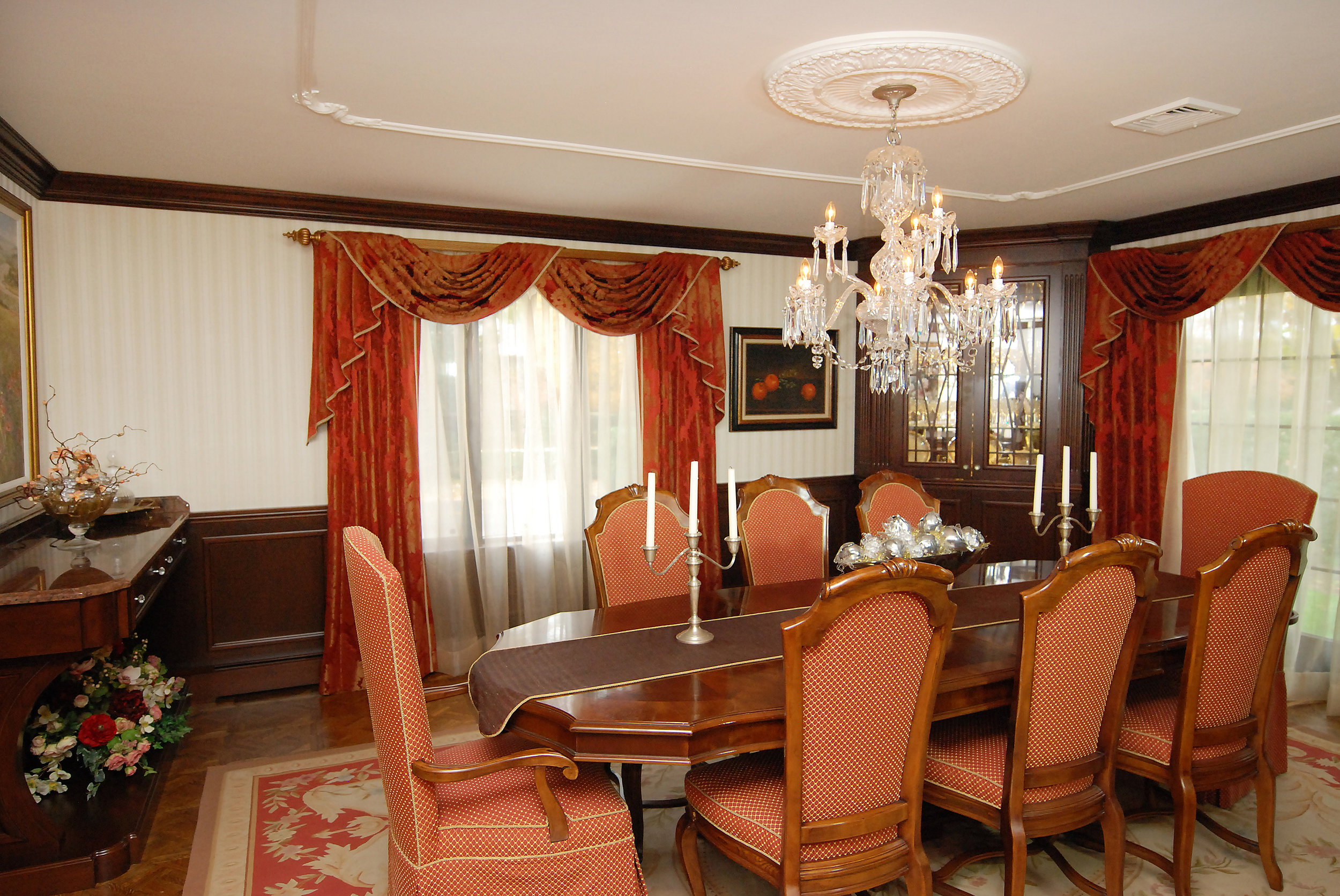 Dining Room2b.jpeg