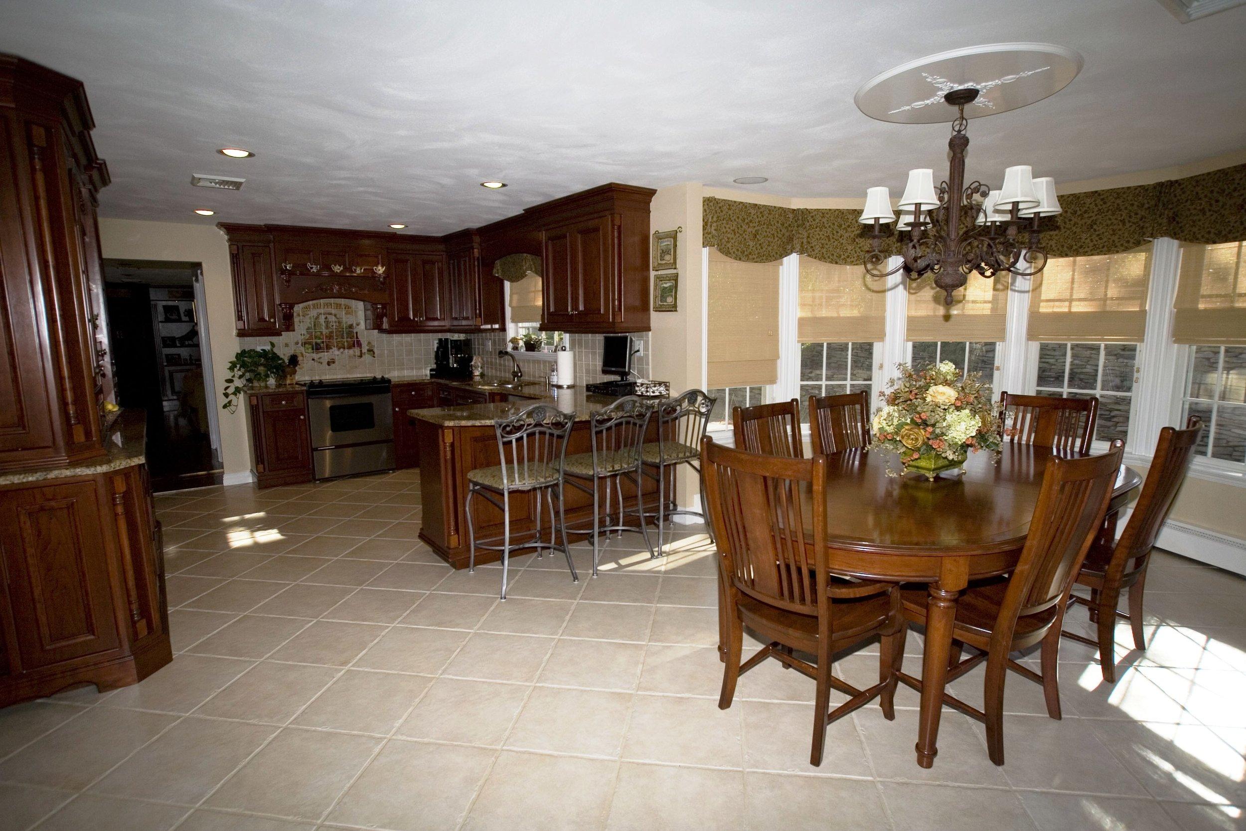 Kitchen 2a.jpeg