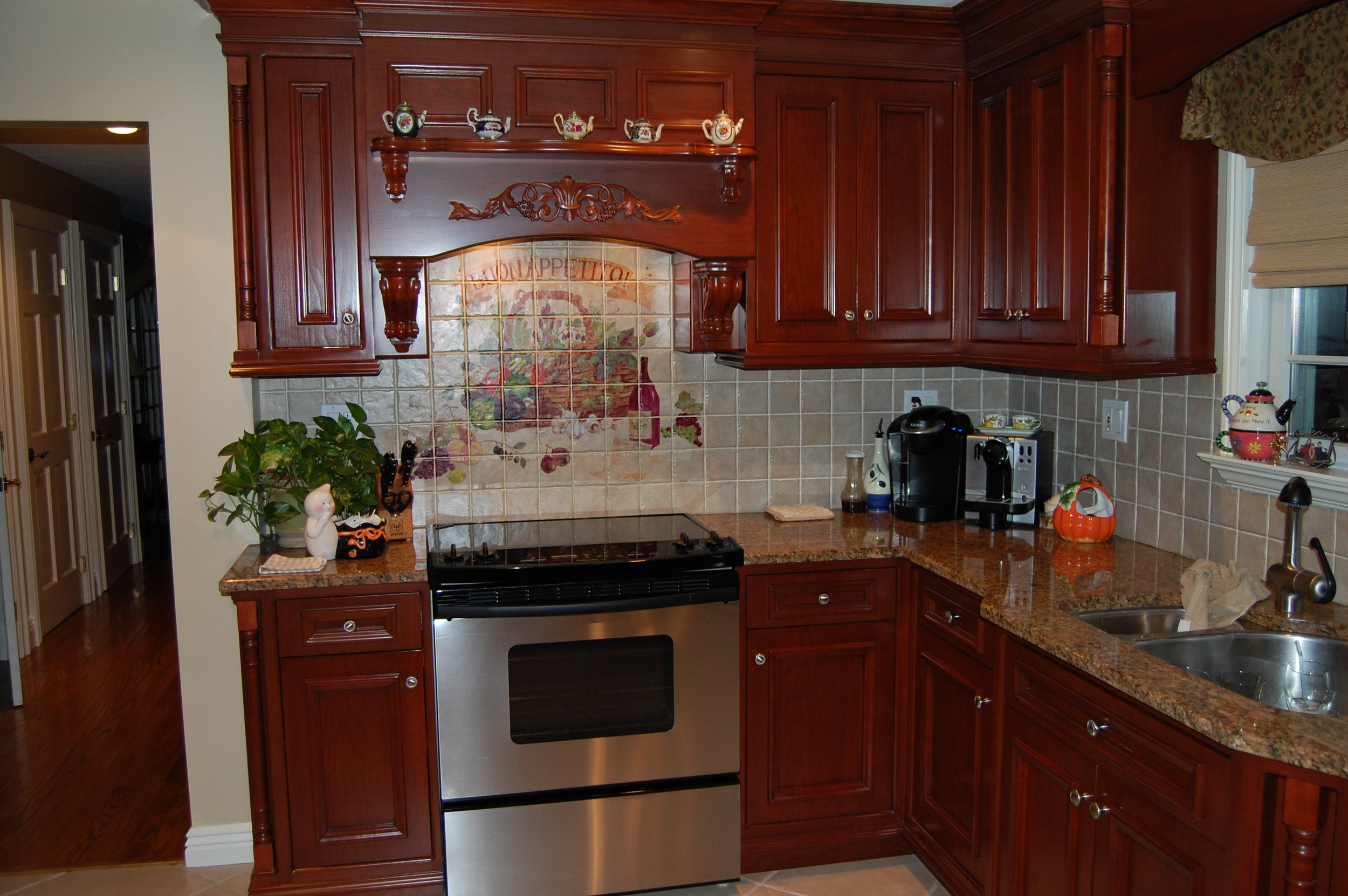 Kitchens2h.JPG