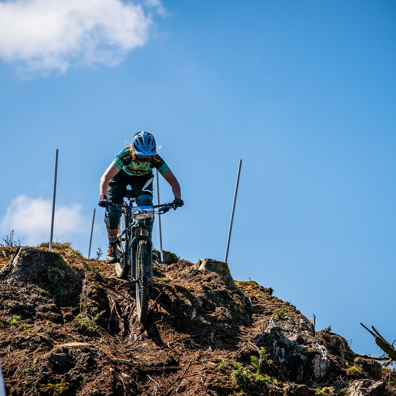 Smashing her way into first place down the steep technical PMBA Enduro course!