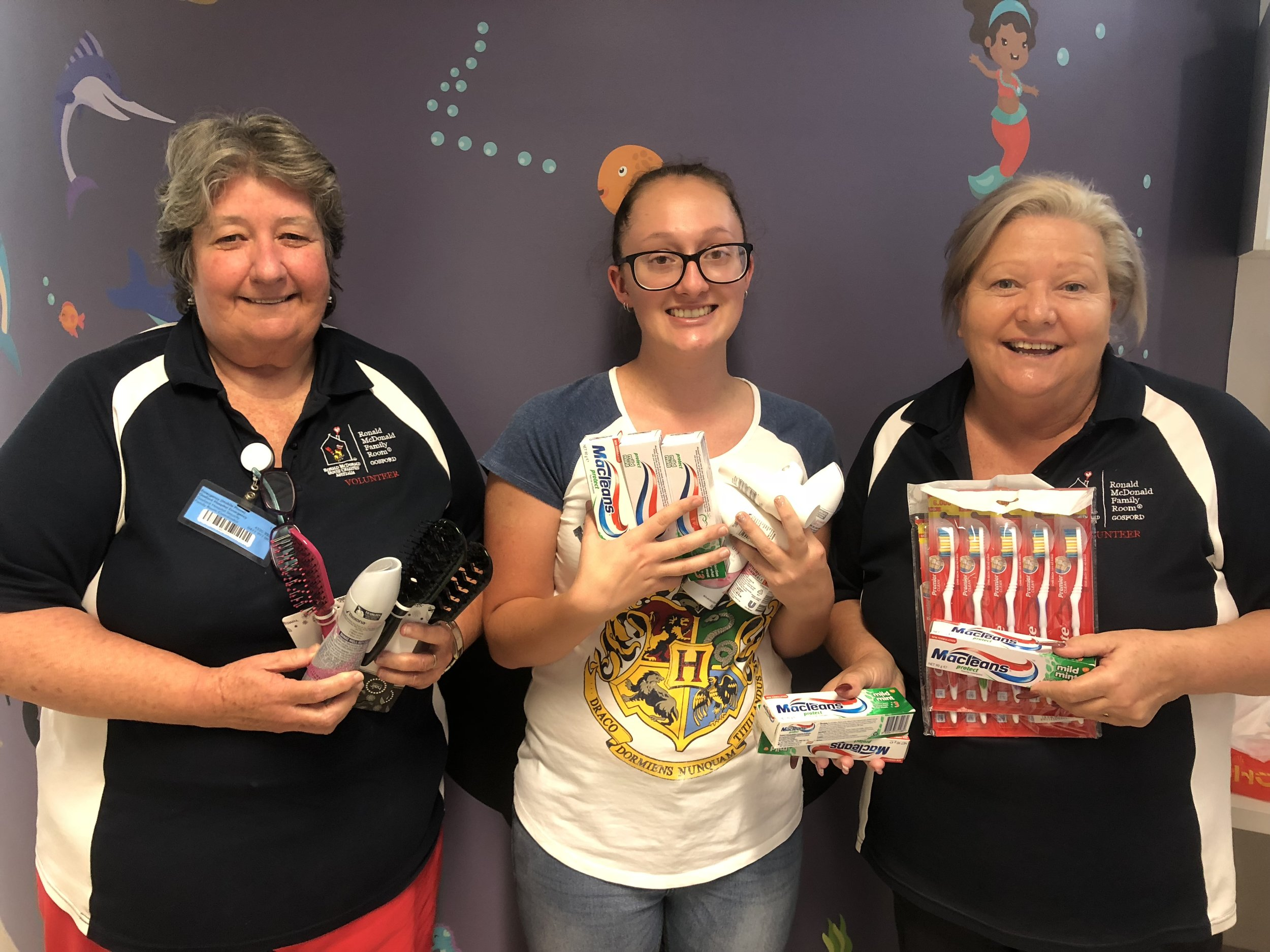McDonalds Crew at Lakehaven saw our social media post asking for toiletries at the Ronald McDonald Family Room in Gosford. Within minutes Tegan had messaged through asking what the top items and most needed items we needed where. The next day she made the trek down to the Family Room to drop those much needed supplies off! Thanks so much.