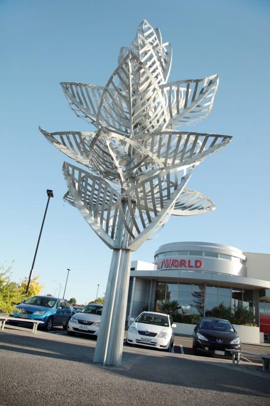 Greenmeadowns New World Sculpture, Napier