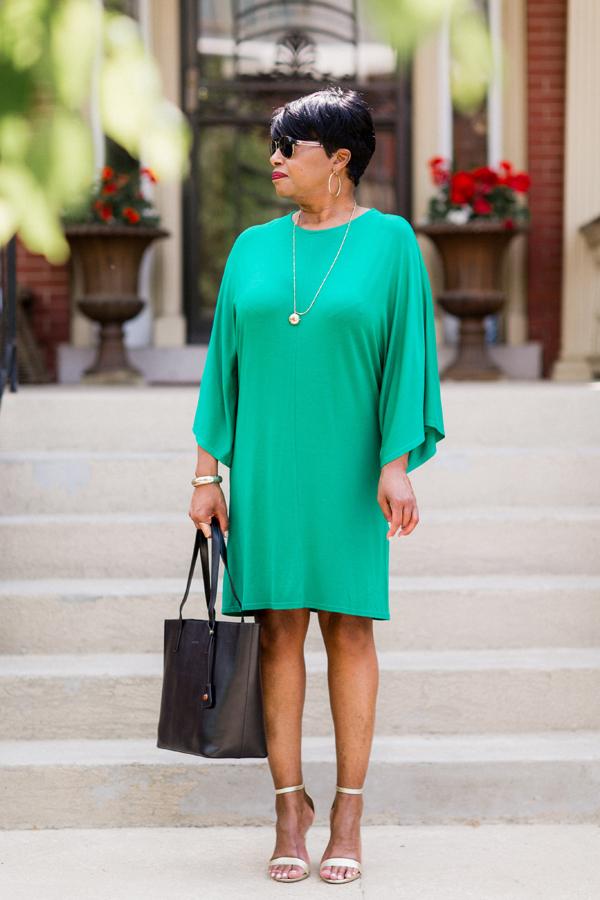 green-tee-shirt-rena-iman-b.jpg