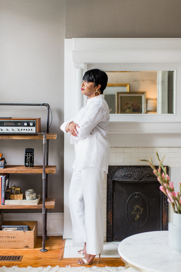 white-linen-shirt-and-white.jpg