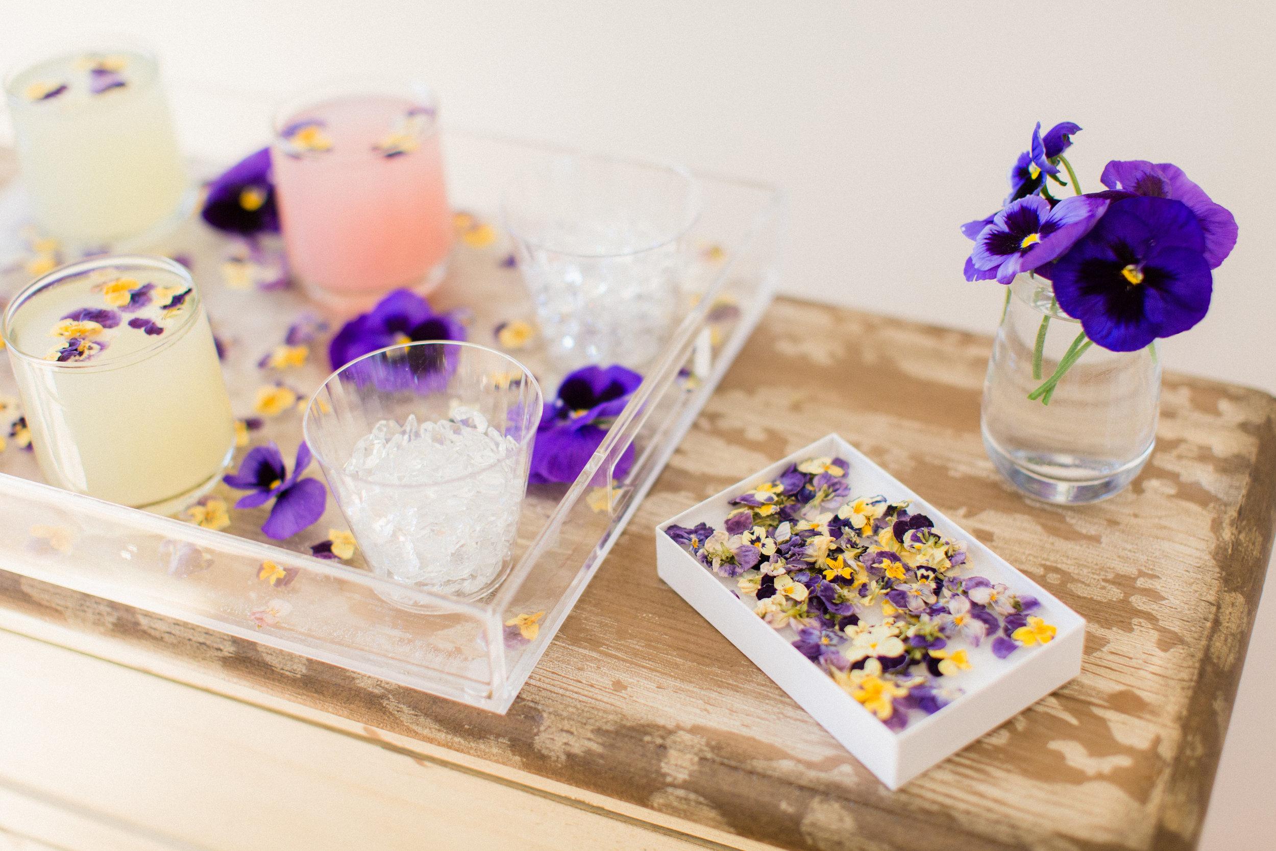diy flower ice cubes 2.jpg