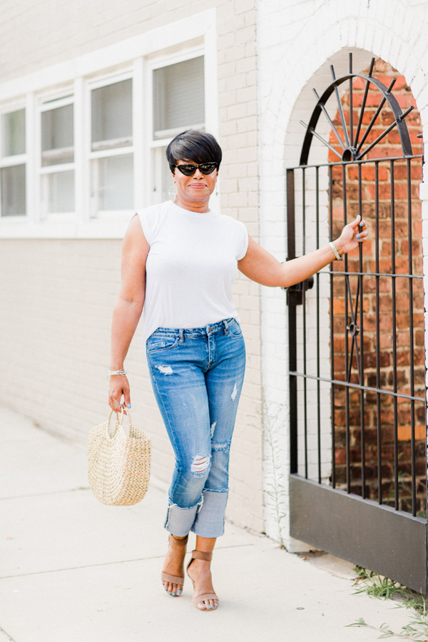 ripped-jeans-and-white-tee-.jpg
