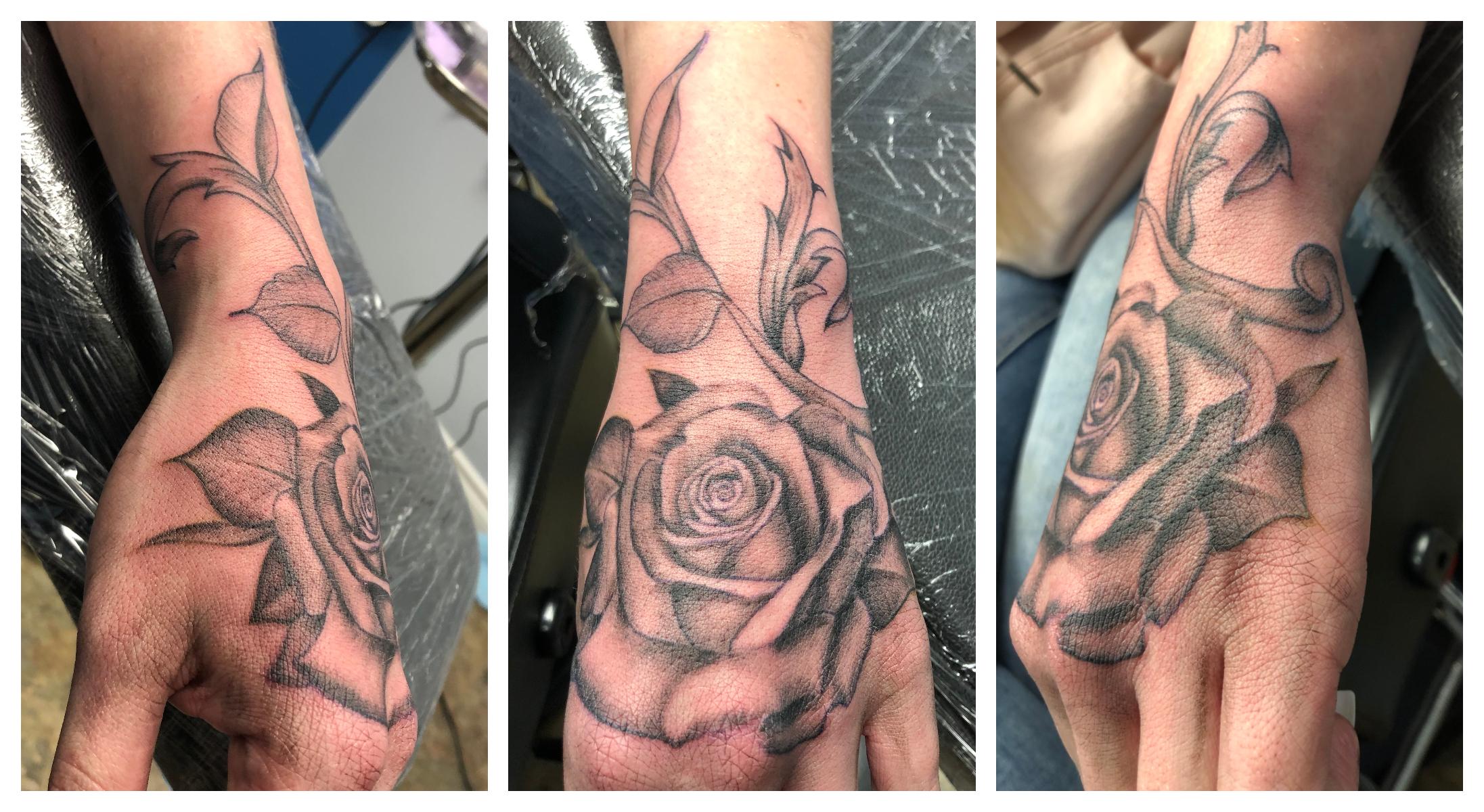 Hand.Rose.2.jpg