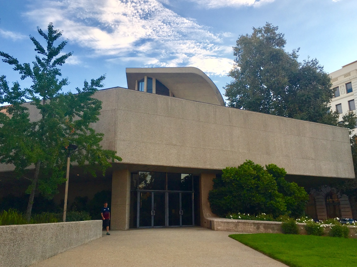 Pasadena Presbyterian Church (1).jpg