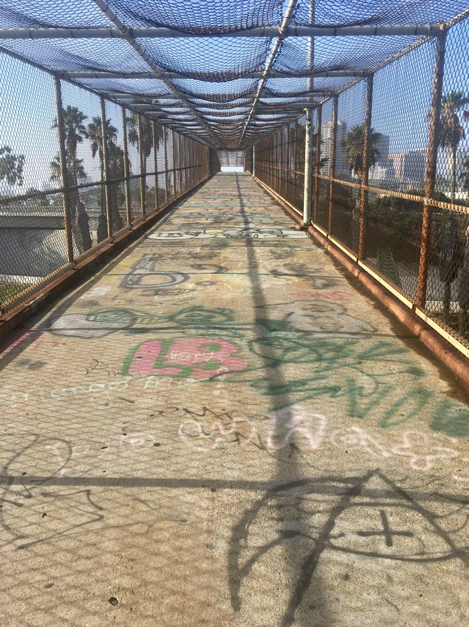 grafitti bridge (1).jpg