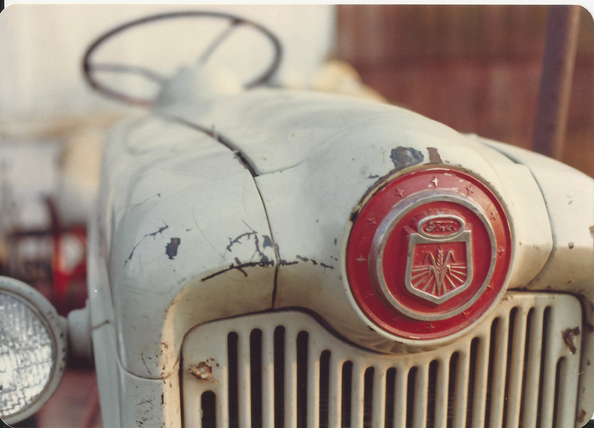 Ford tractor medallion.jpg