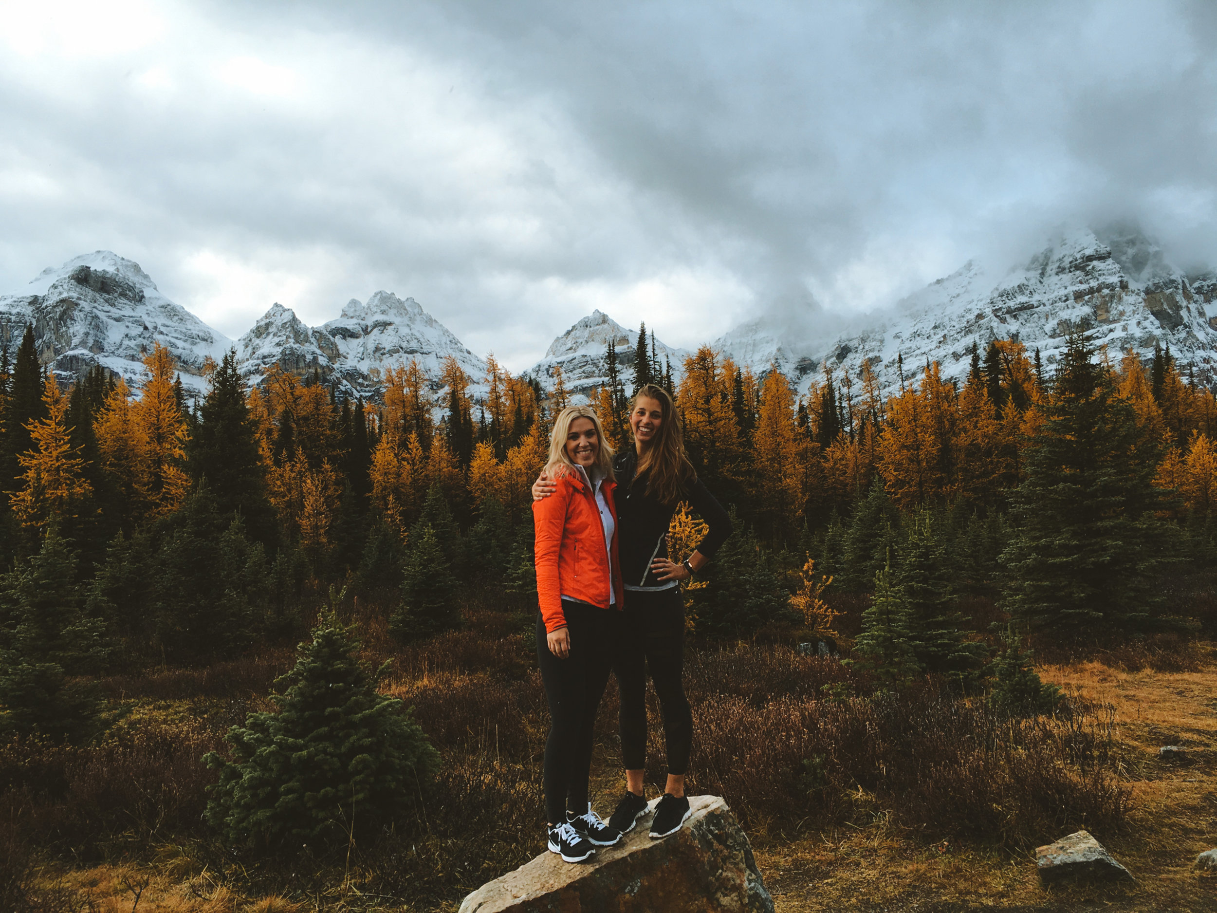 Larch season in it's full expression with a friend visiting from out of town. We arrived very early to ensure that we would have parking, on our way down the trail it was a consistent stream of people. During larch season especially arrive early!