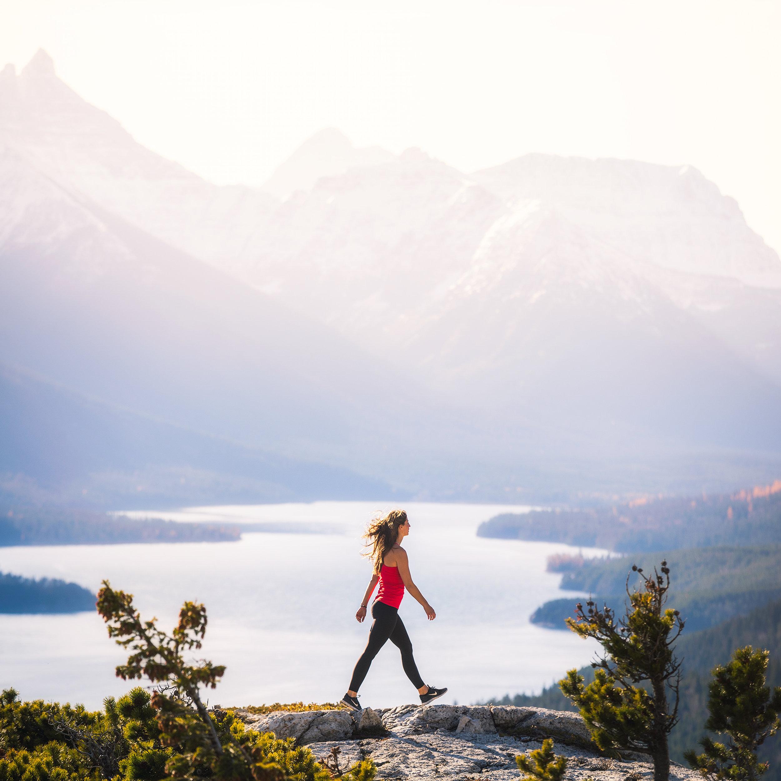 A autumn morning on Bear's Hump overlooking the lake, photo / Michael Matti