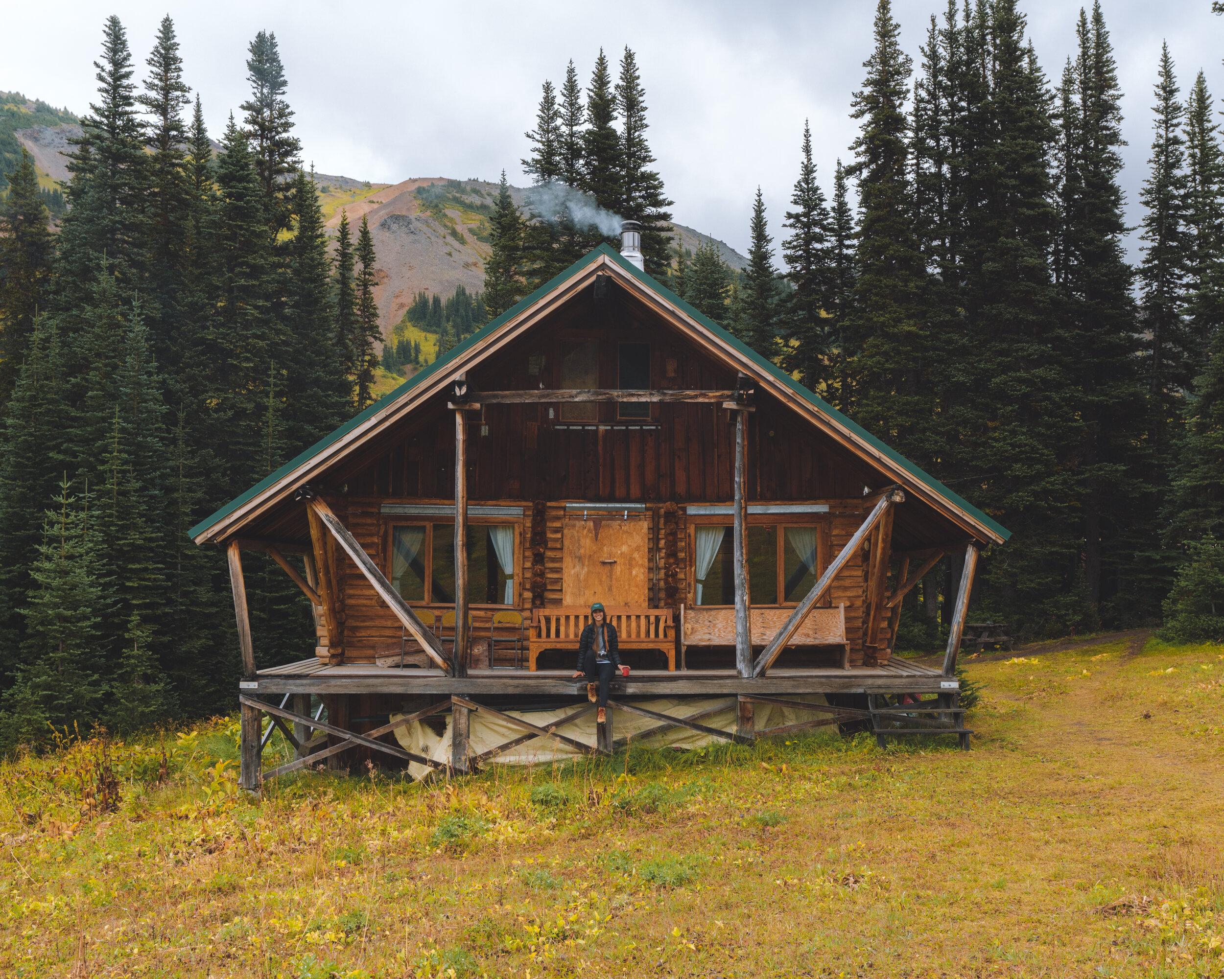 WhiteCap Alpine Helicopter Lodge