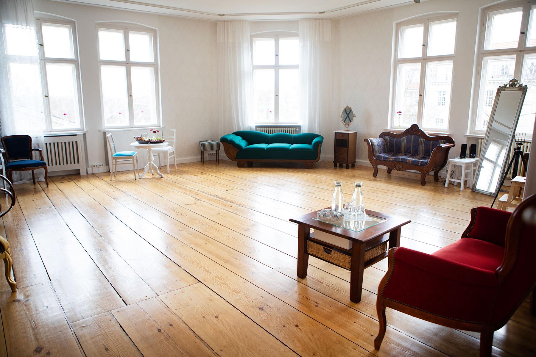 Mietlocation-in-Potsdam-bei-Berlin-stilvoll-und-liebevoll-geführt-für-Fotografen-und-Workshops.jpg