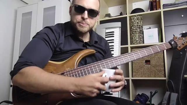 #4minutebasslessons episode 1: the secret to unlocking 3 & 4 finger plucking hand techniques! @michaeltobiasdesign #mtdbass #mtd #luthier #handmade #custom #bassgear #bassgram #bassplayer #bassguitar #BASSFORWARD #hipshot #nordstrand @nordstrandaudio #flexcore @inspirebass @basstheworld #basslesson #technique #pwfarrell  #pwfarrellsbasslessons