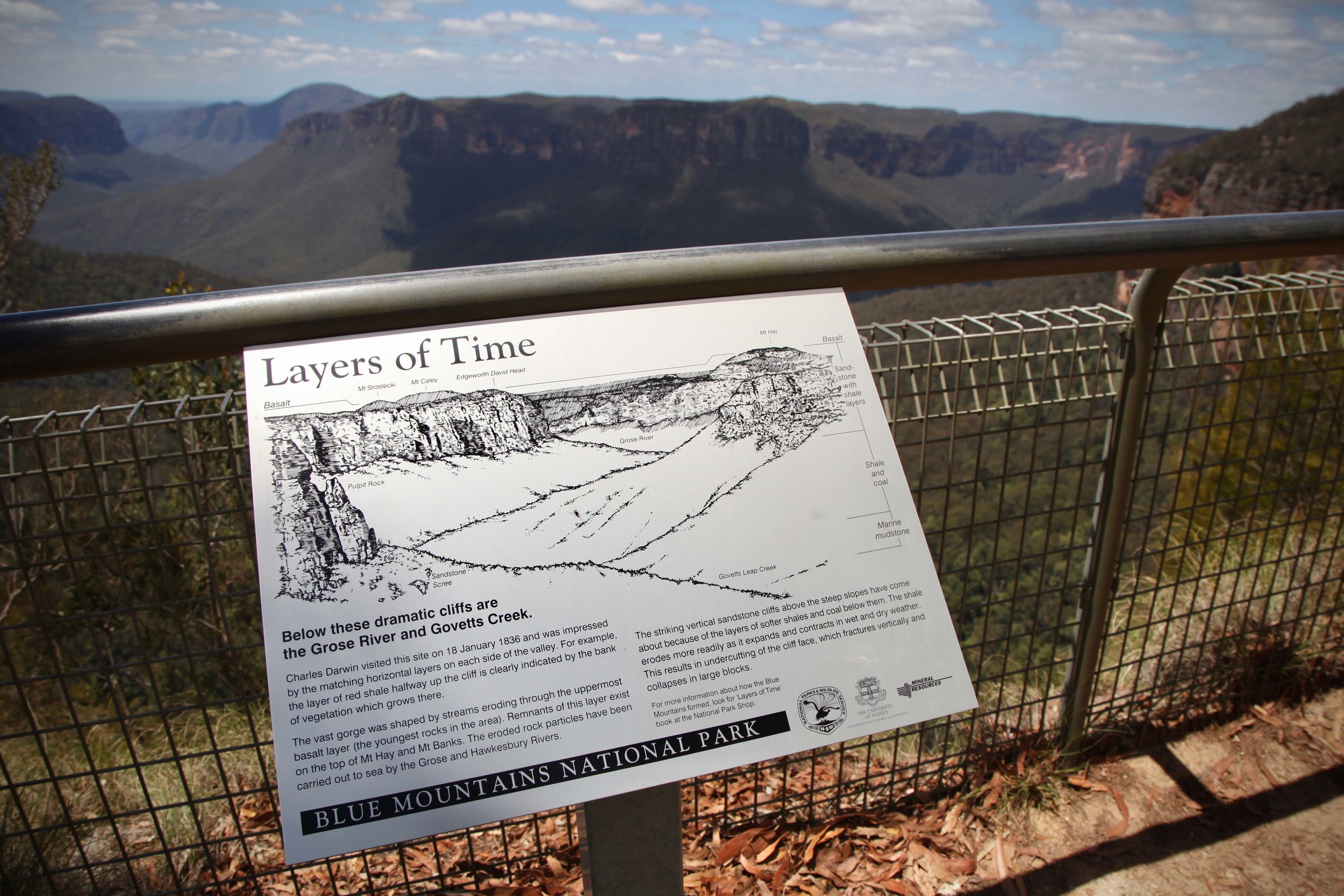 Govetts Leap overlooks the Grose Valley in the Blue Mountains National Park. This is where I started my hike (well, after walking from Blackheath train station to this point. From Govetts Leap you can take the Cliff Top track to Evan's Lookout.