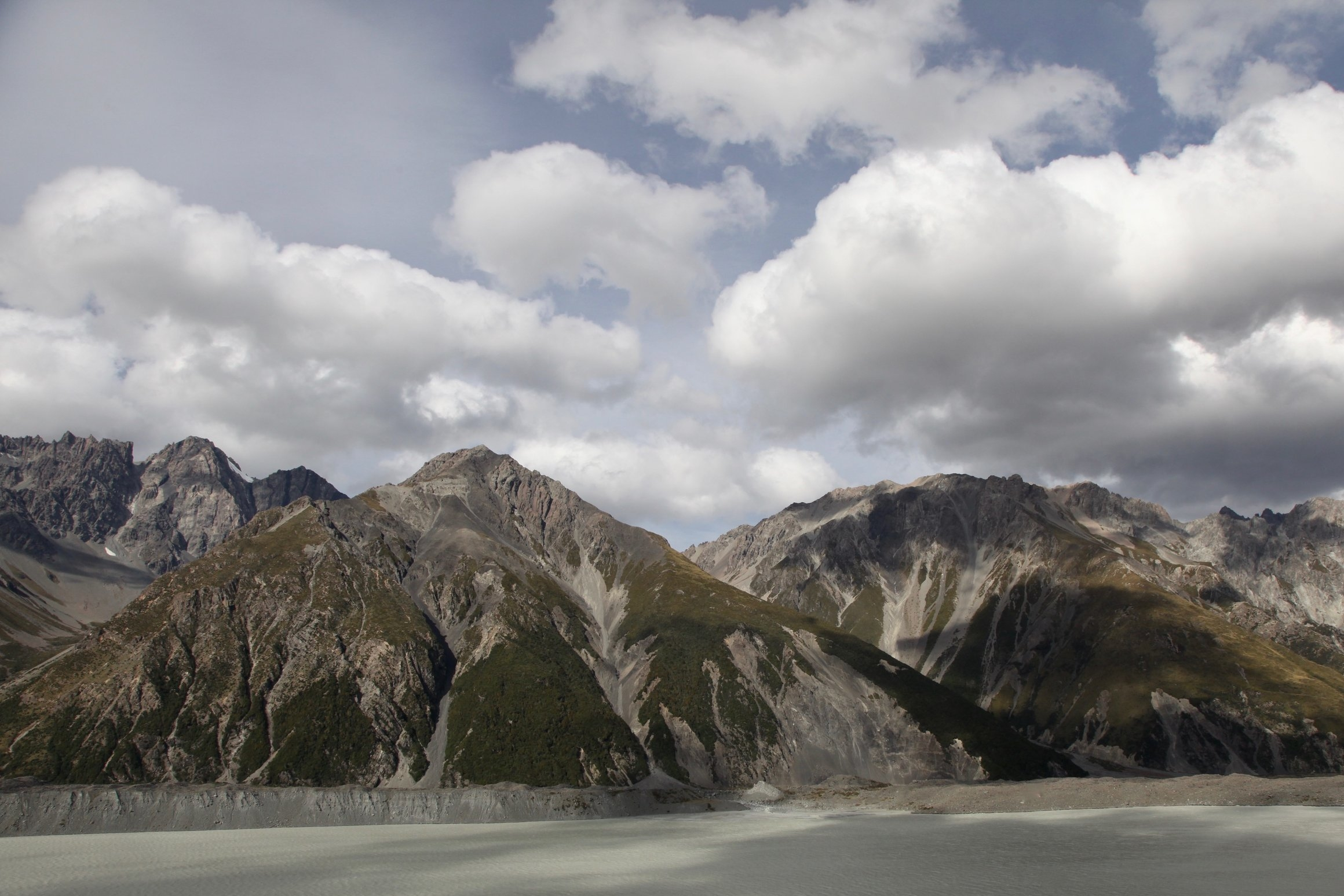 tasman-glacier-lake-view.jpg