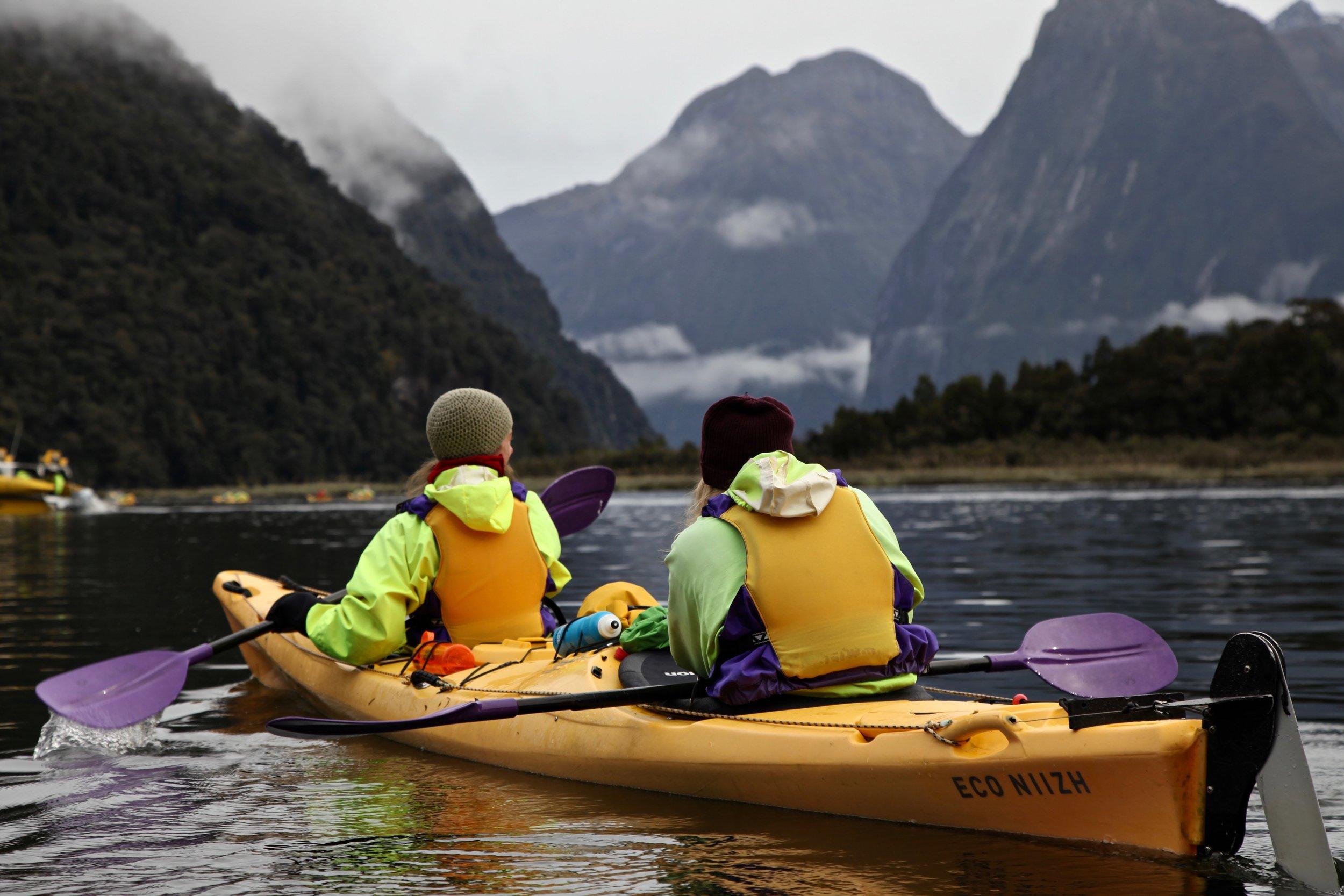 roscos-kayaks-milford-sound.jpg