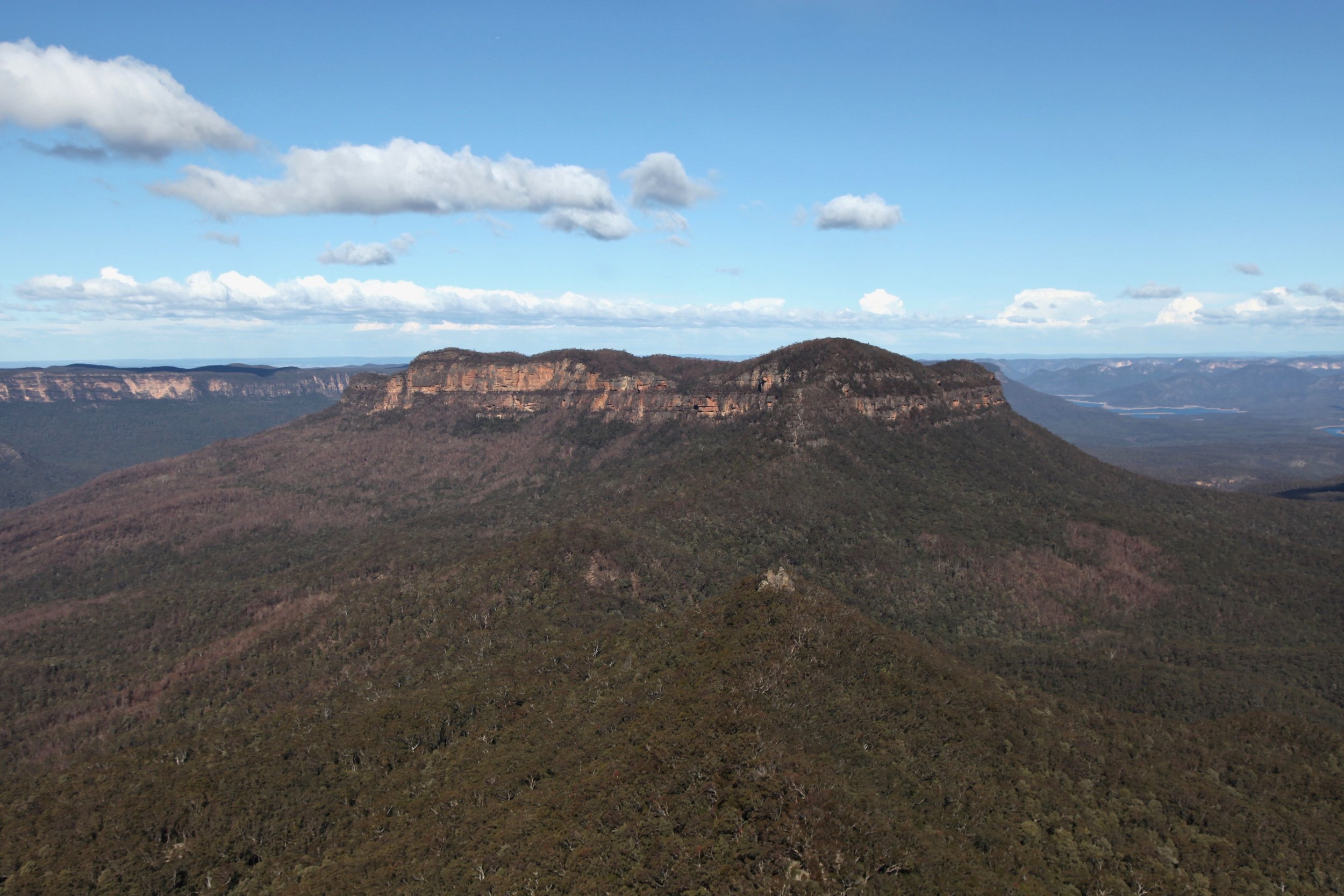 The view of Mount Solitary from the end of the Castle Head track.