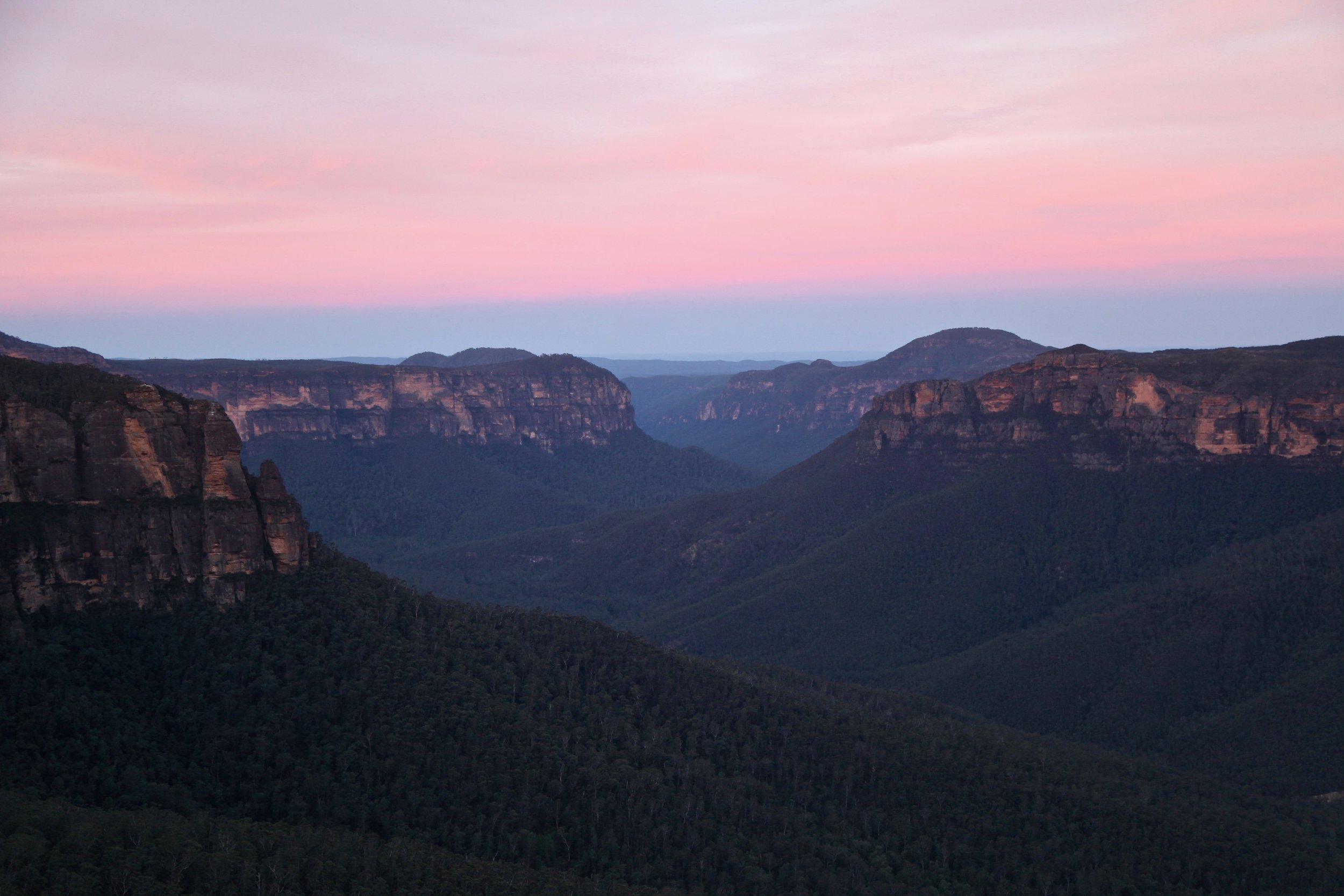 Sunset at Govetts Leap in the Blue Mountains.
