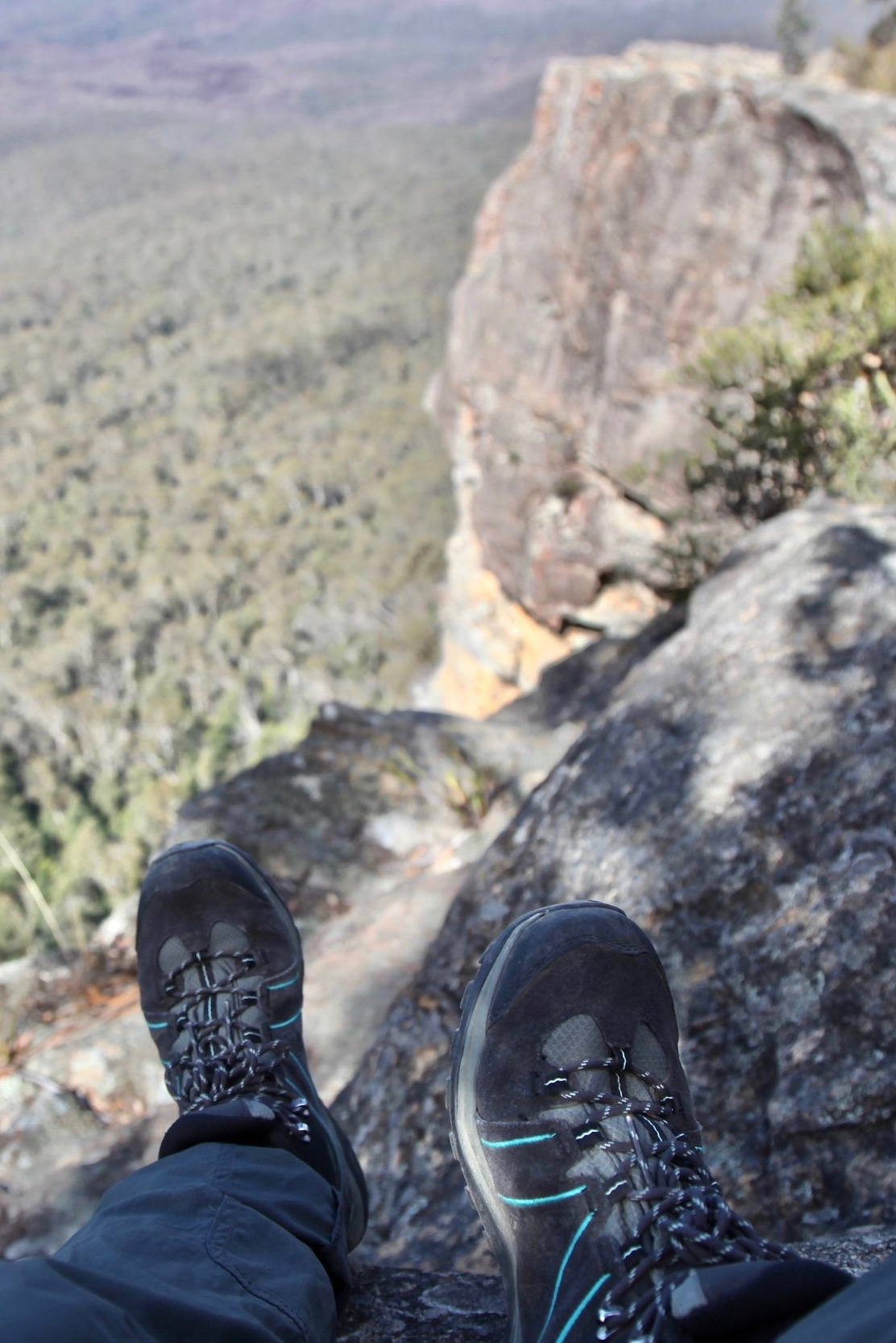 blue-mountains-hiking.jpg