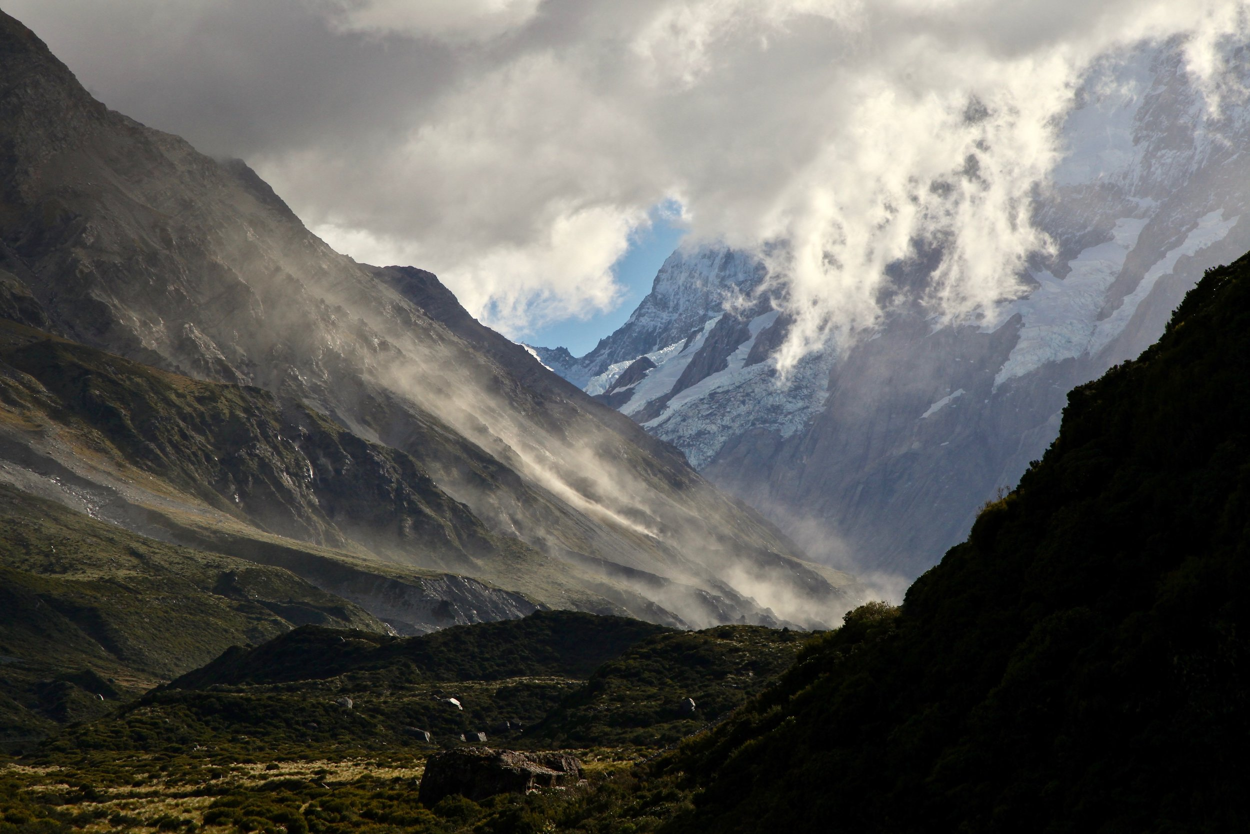 hooker-valley-light-clouds.jpg