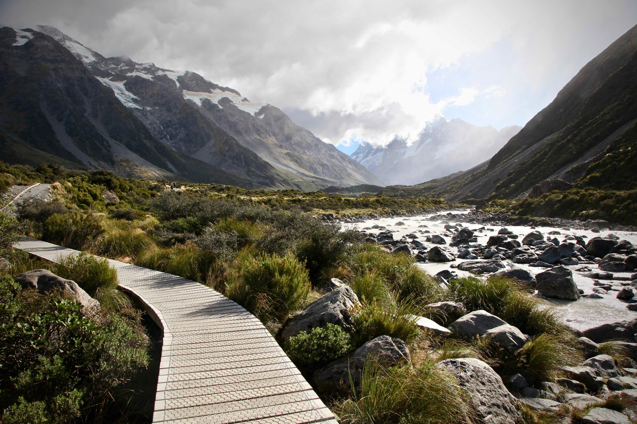hooker-valley-track-mt-cook-day-hike.jpg