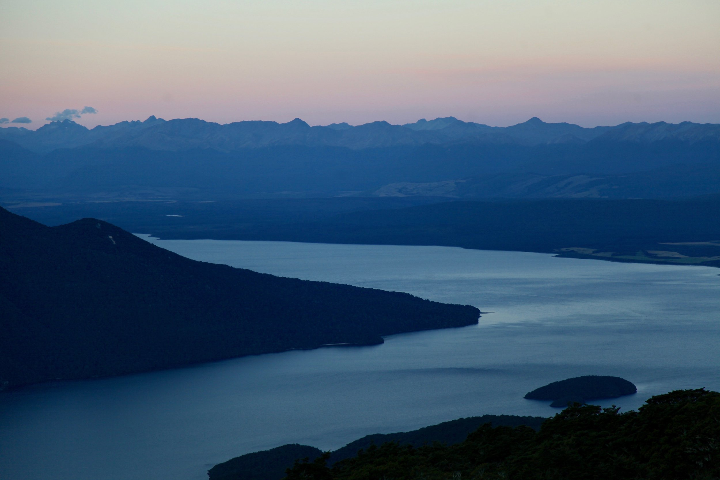 kepler-track-sunset-te-anau-fiordland.jpg